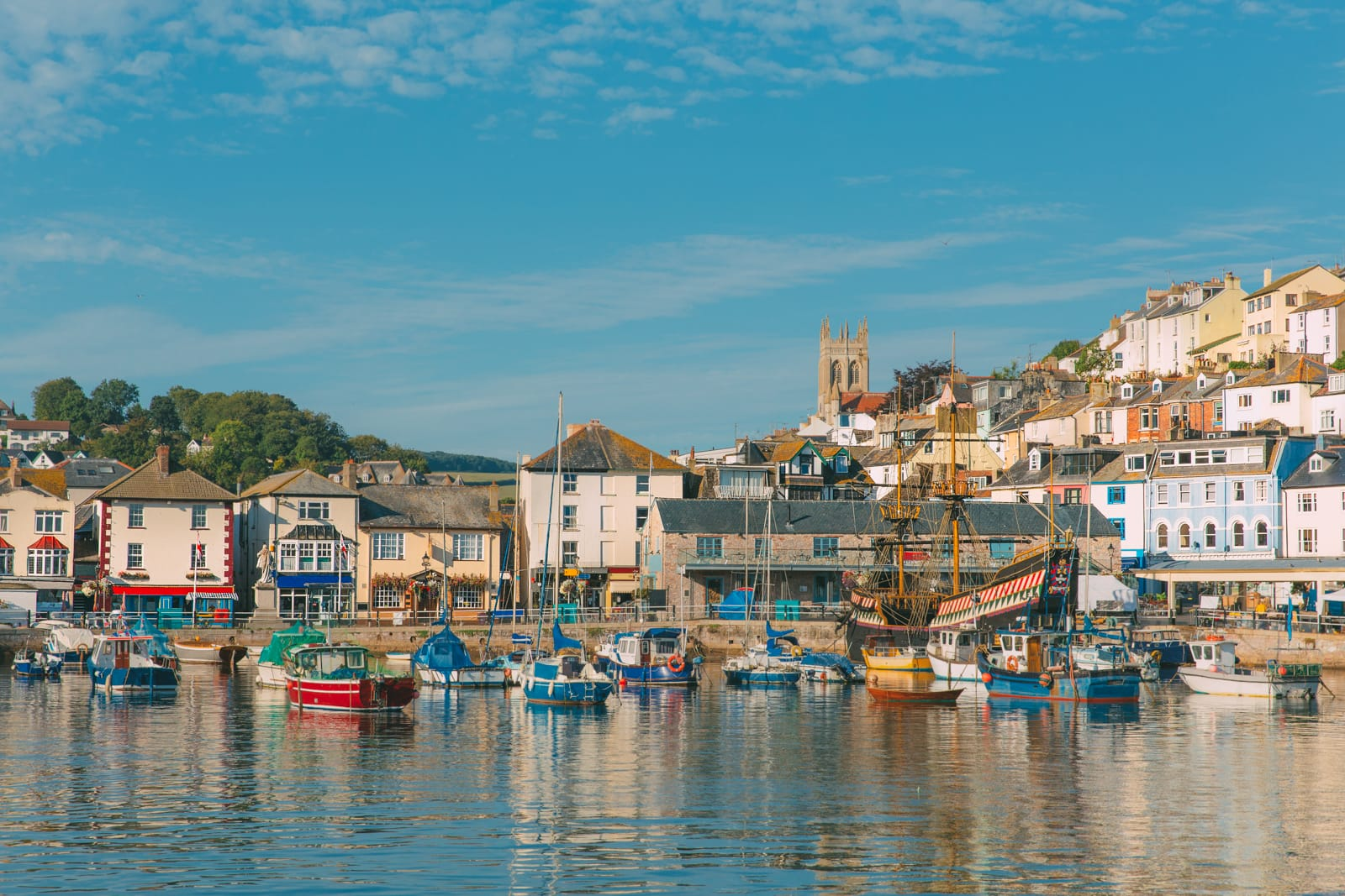 Beautiful Towns To Visit In The UK (11)
