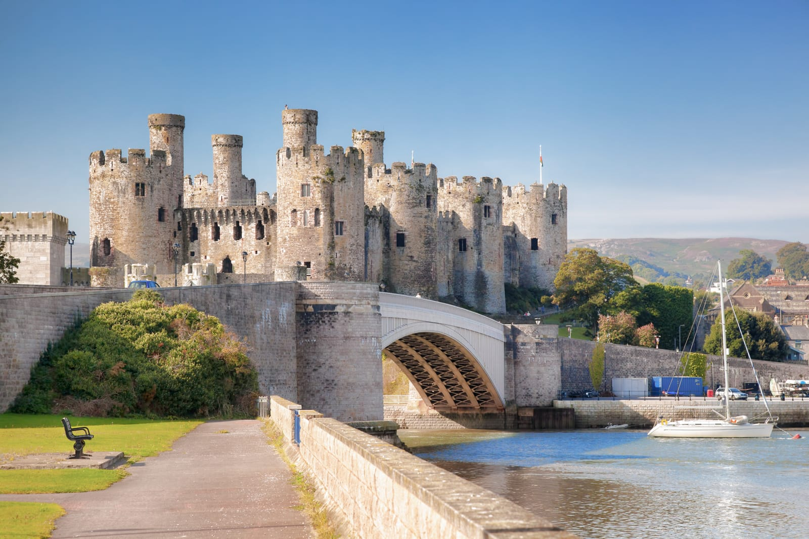 Beautiful Towns To Visit In The UK (17)
