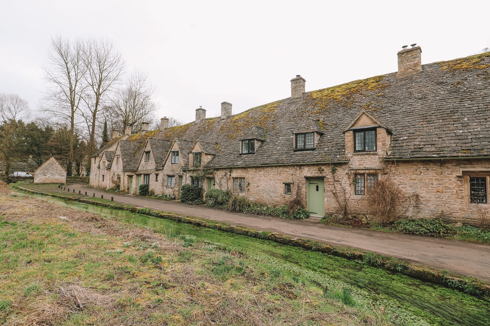4 Villages And Towns You Have To Visit In The Cotswolds, England (6)