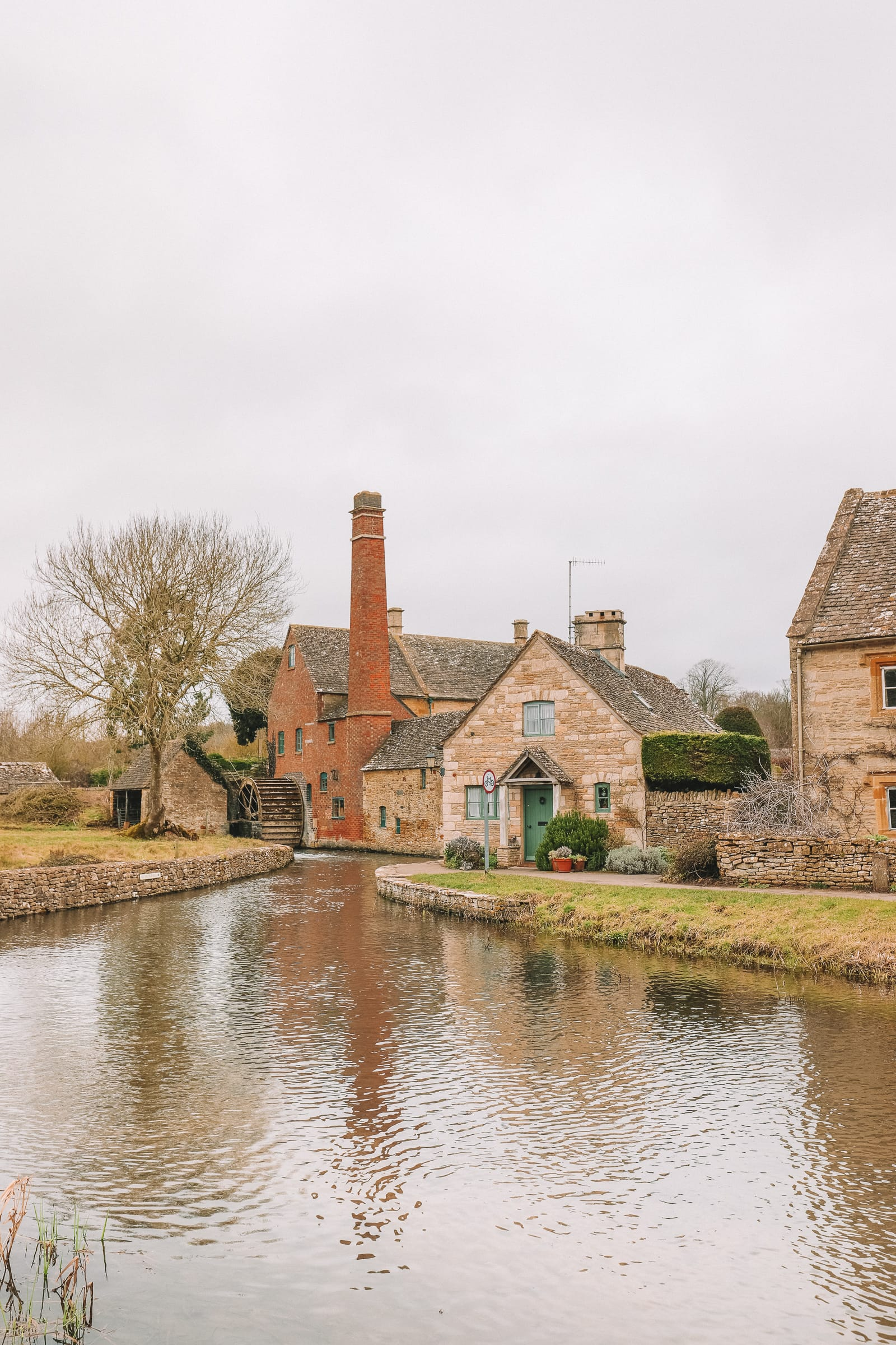 4 Villages And Towns You Have To Visit In The Cotswolds, England (34)
