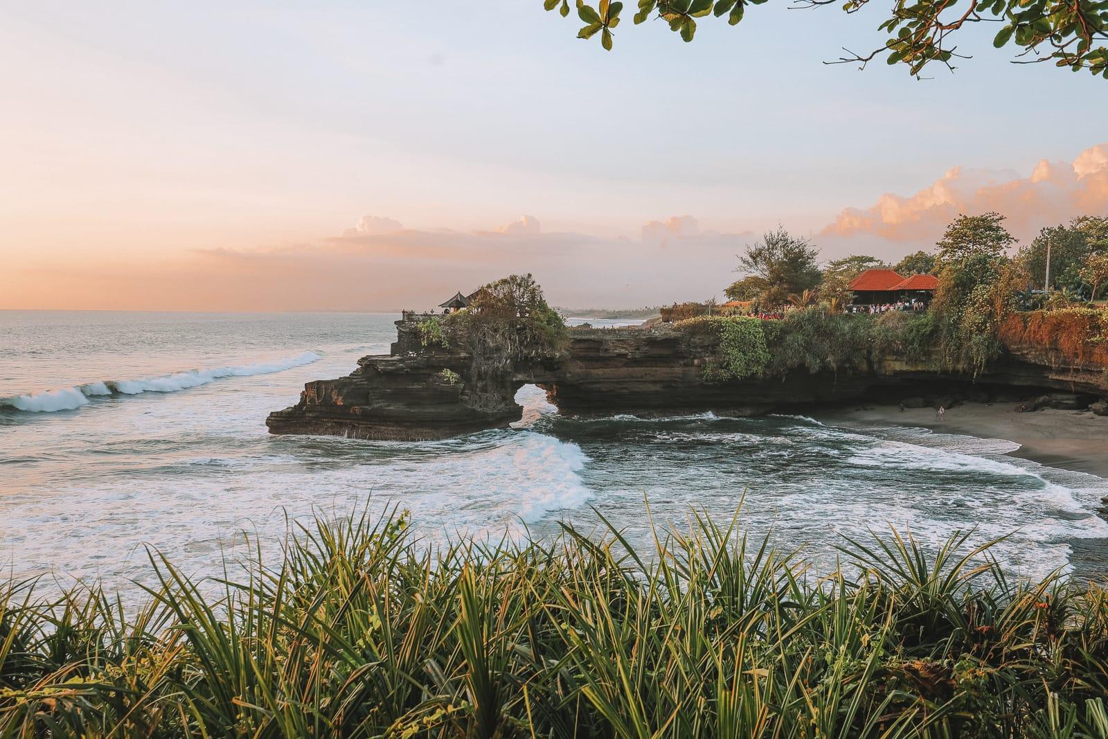 Bali Travel Diary - Ubud Palace, Uluwatu and Tanah Lot (30)