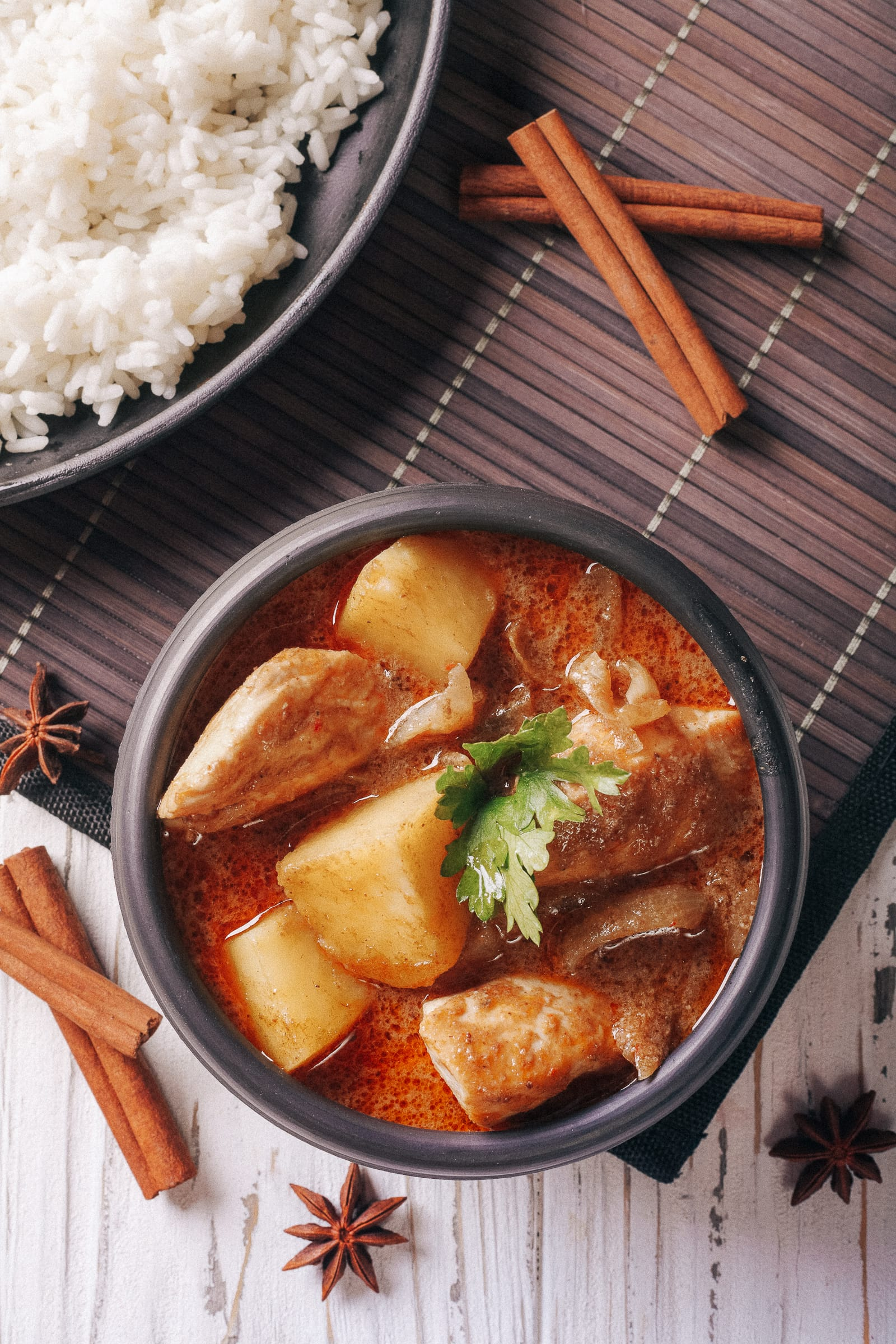 12 Tasty Thai Dishes And Food to Eat When in Thailand (8)