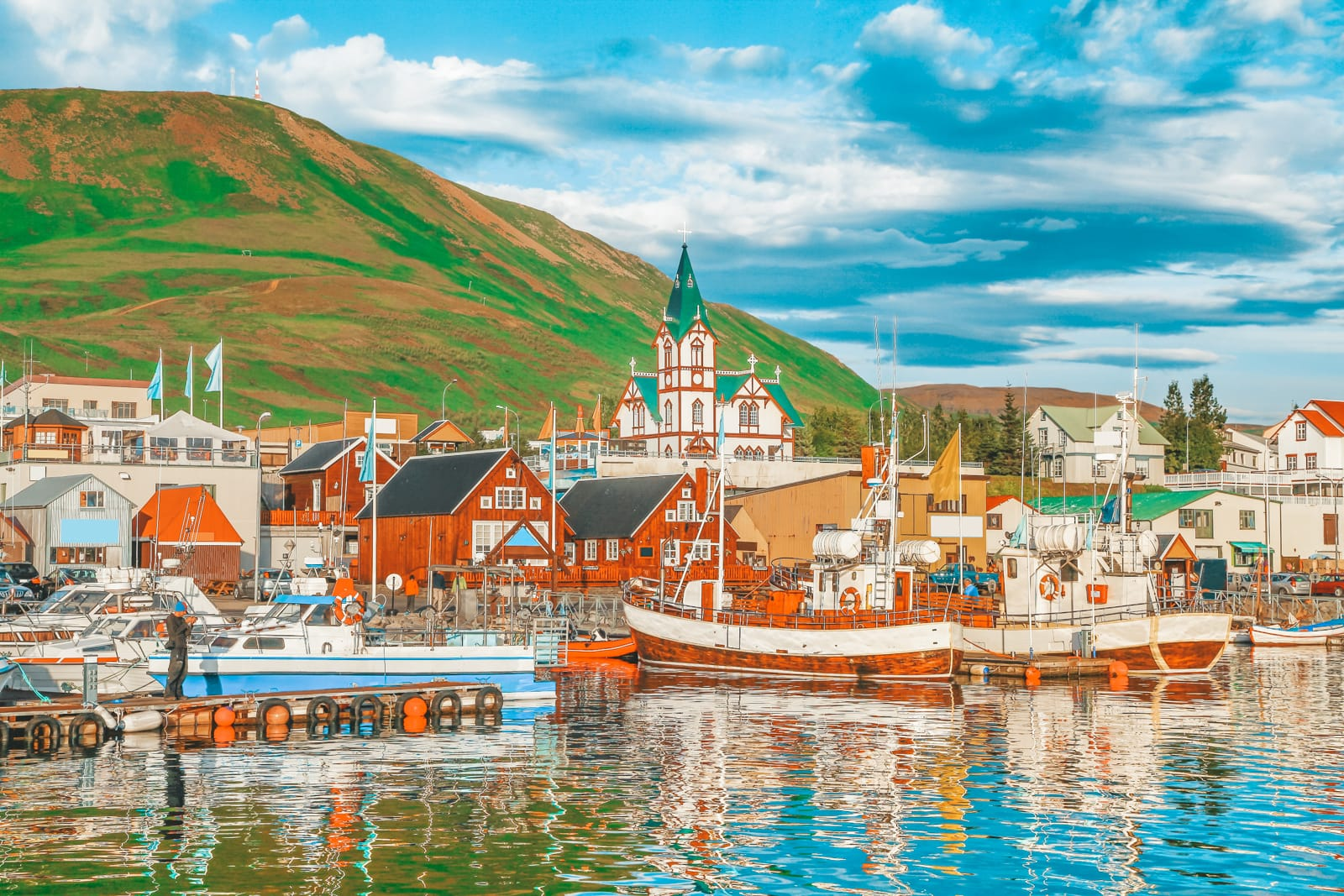 Best Towns In Iceland You Need To Visit (15)