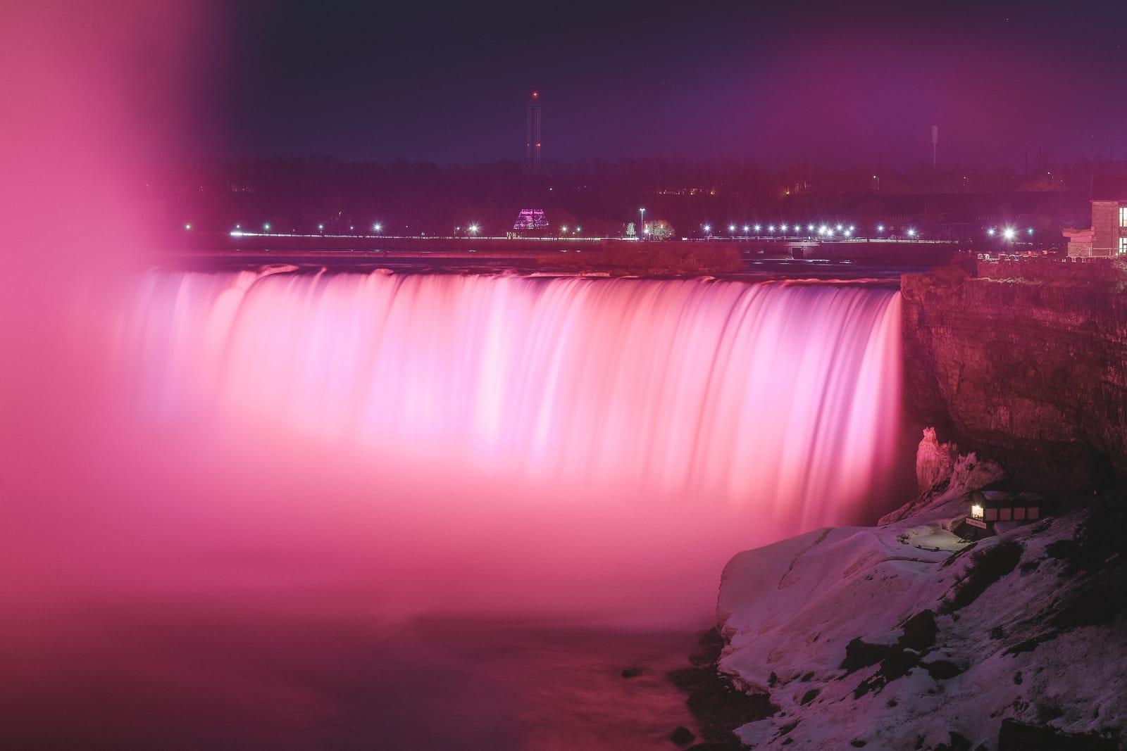 Niagara-On-The-Lake, Vineyards And Niagara Falls At Midnight (73)