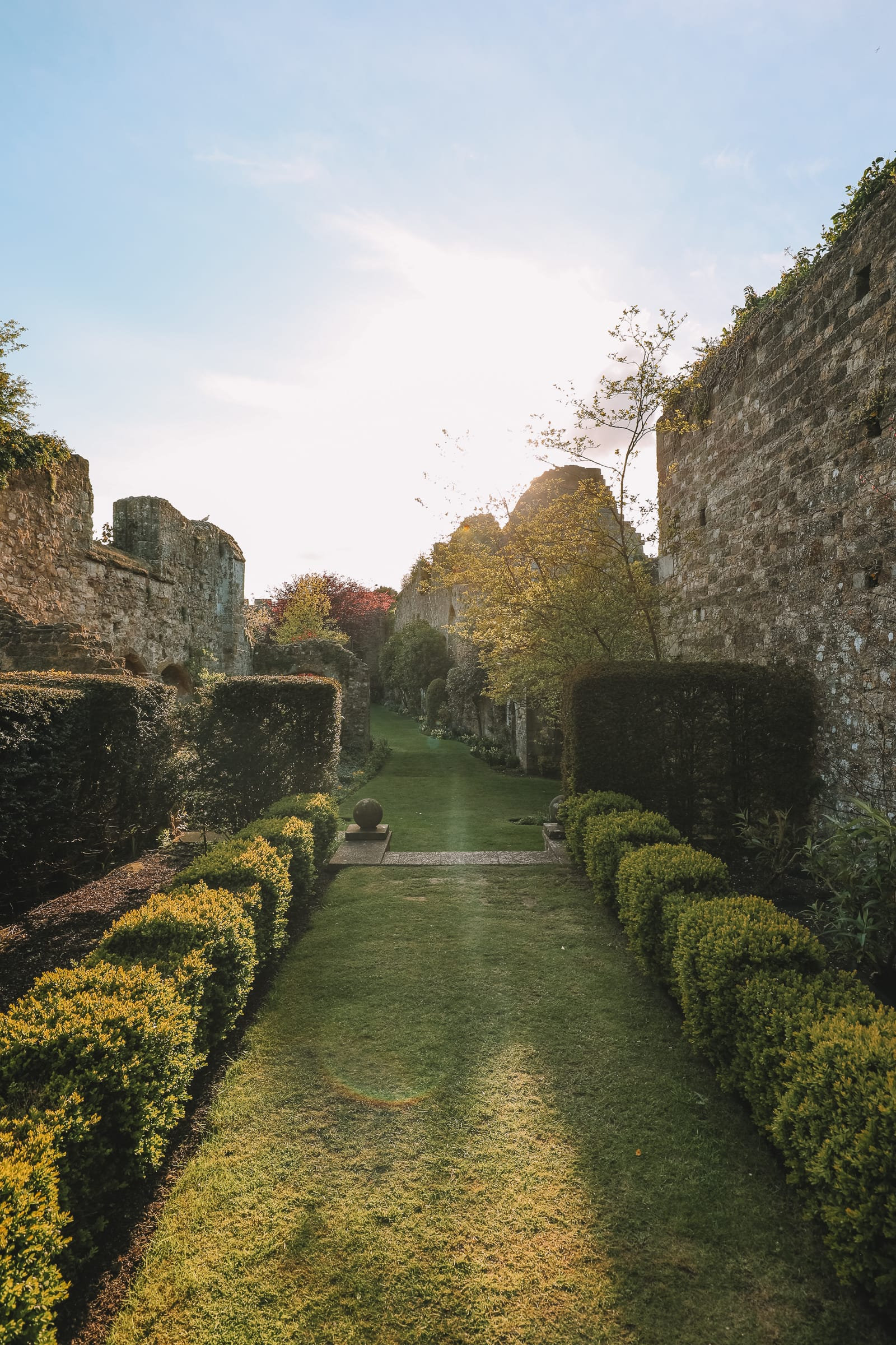 Here's How To Stay In A 1,000 Year Old Castle In England (25)