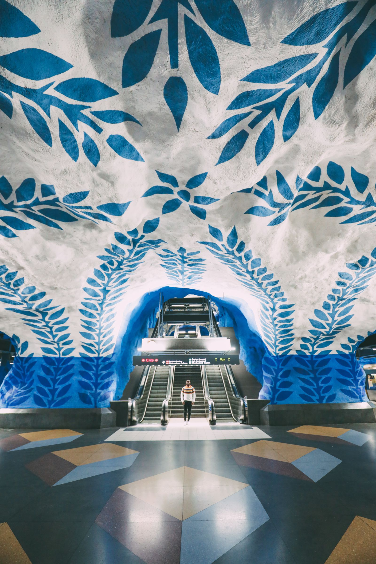 Best Stations Stockholm's Metro Art (8)