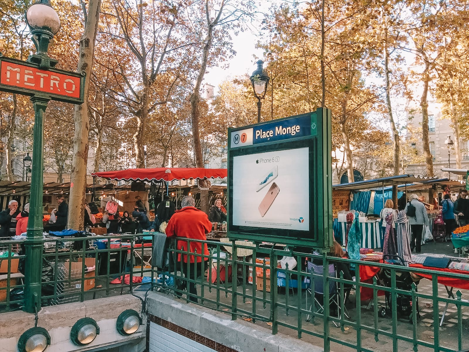 The 12 Best Markets In Paris You Have To Visit (8)