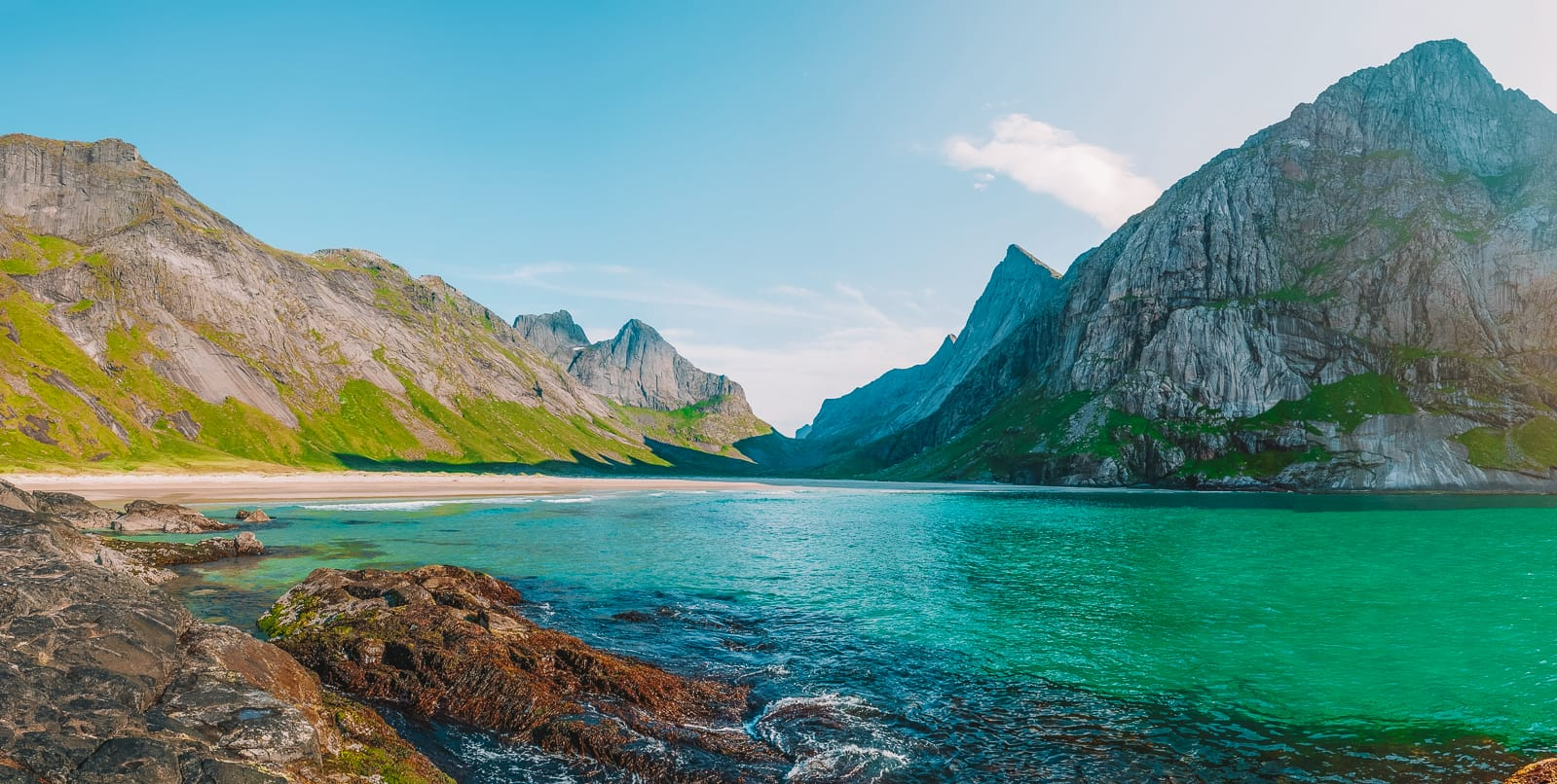 The 14 Best Hikes In Norway You Have To Experience (10)