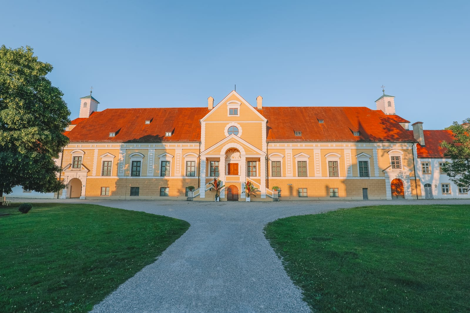 Schleissheim  Palace – The Amazing Palace in Germany You've Never Heard Of But Absolutely Have To Visit! (63)