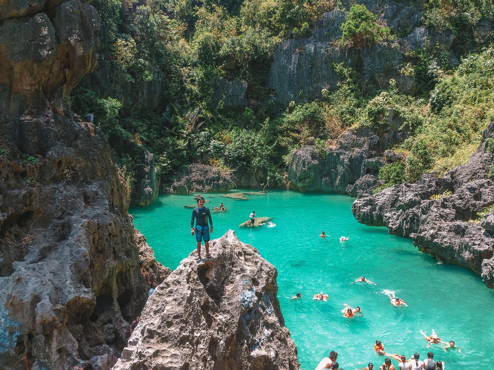 The 8 Best Beaches In The Philippines You Have To Visit (15)