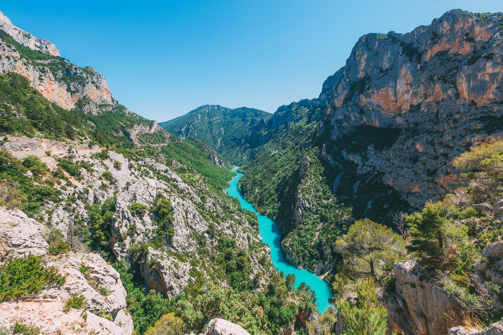 The 12 Best Hikes In France You Have To Experience (5)