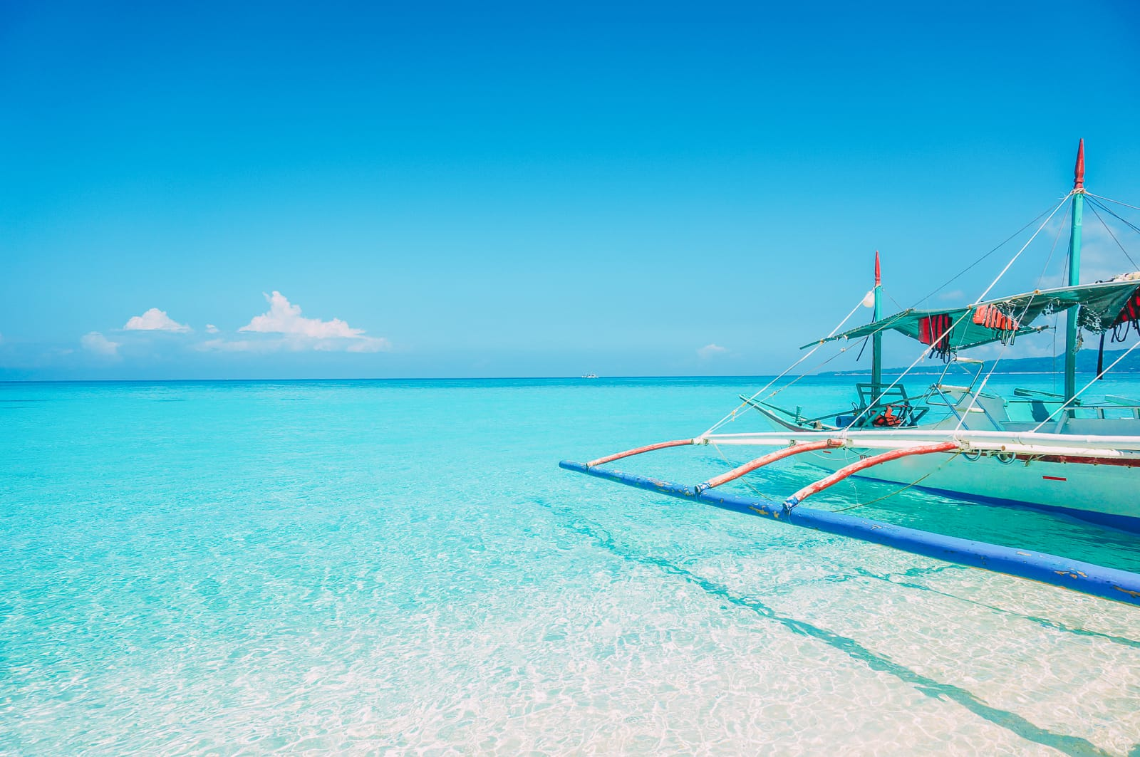 The 8 Best Beaches In The Philippines You Have To Visit (7)