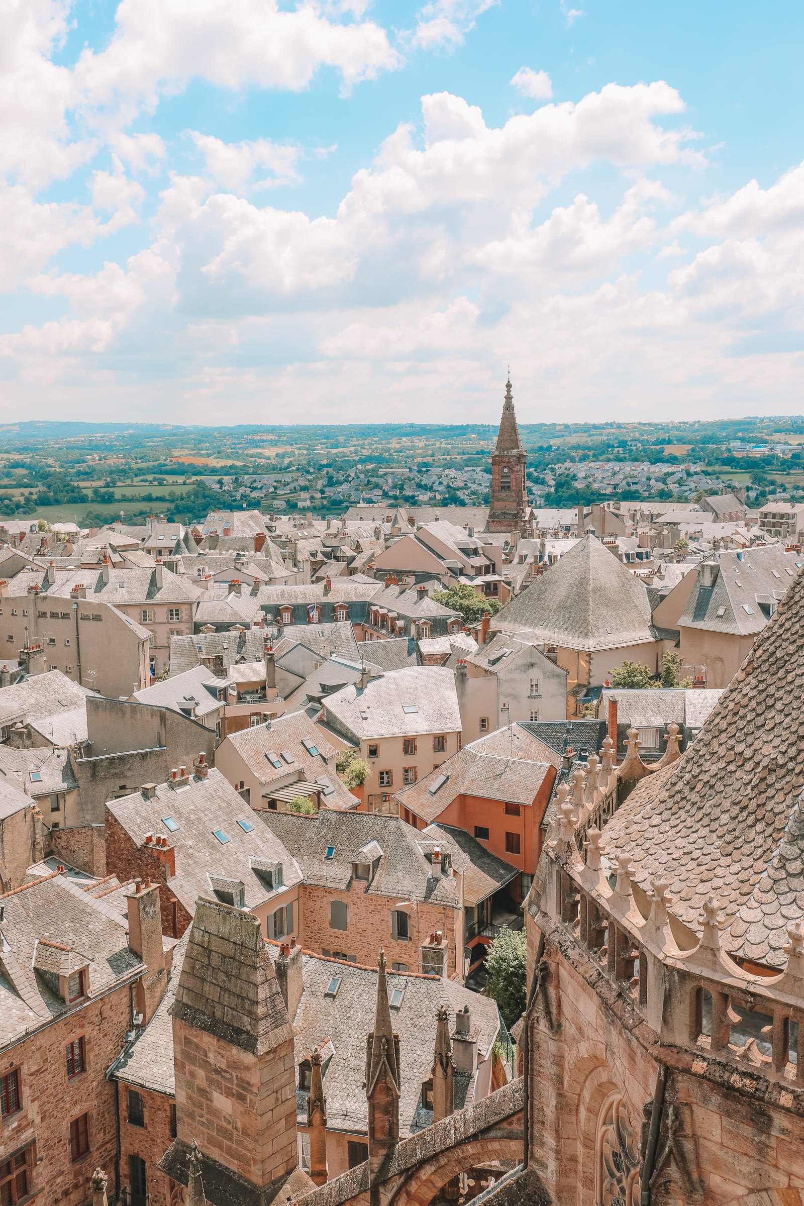 The Pretty Little City Of Rodez In The South Of France (38)