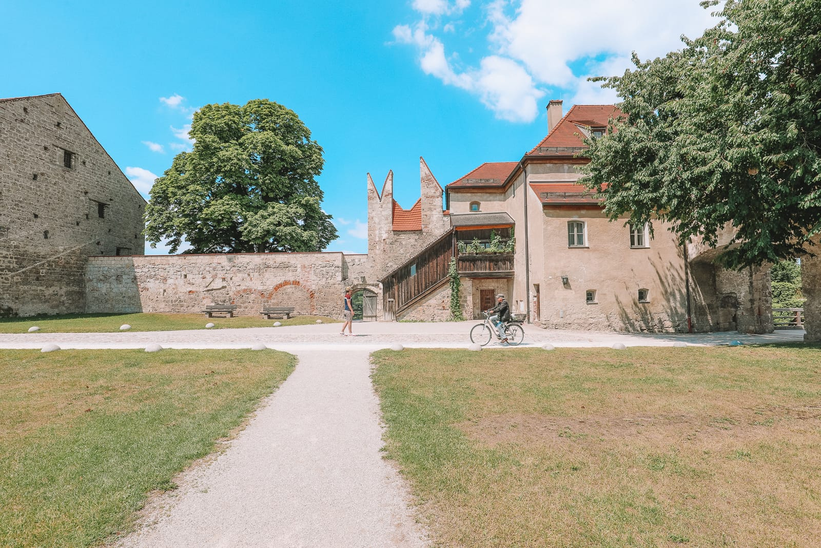 Burghausen Castle - The Longest Castle In The Entire World! (64)