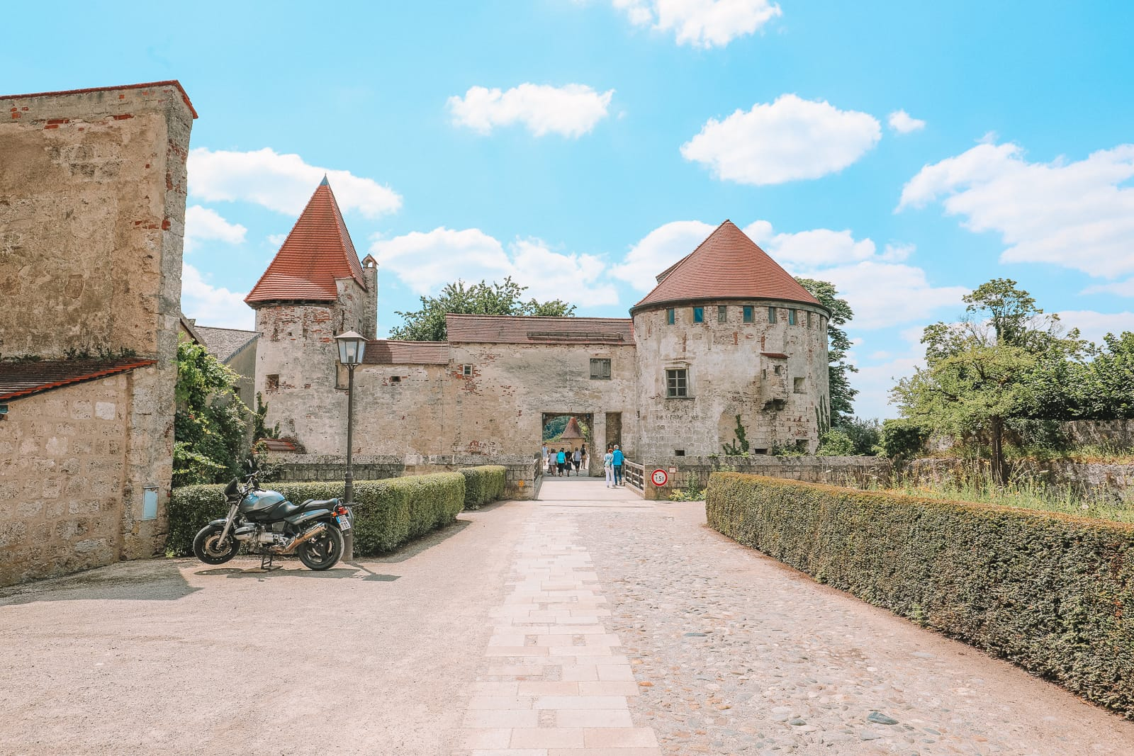Burghausen Castle - The Longest Castle In The Entire World! (68)