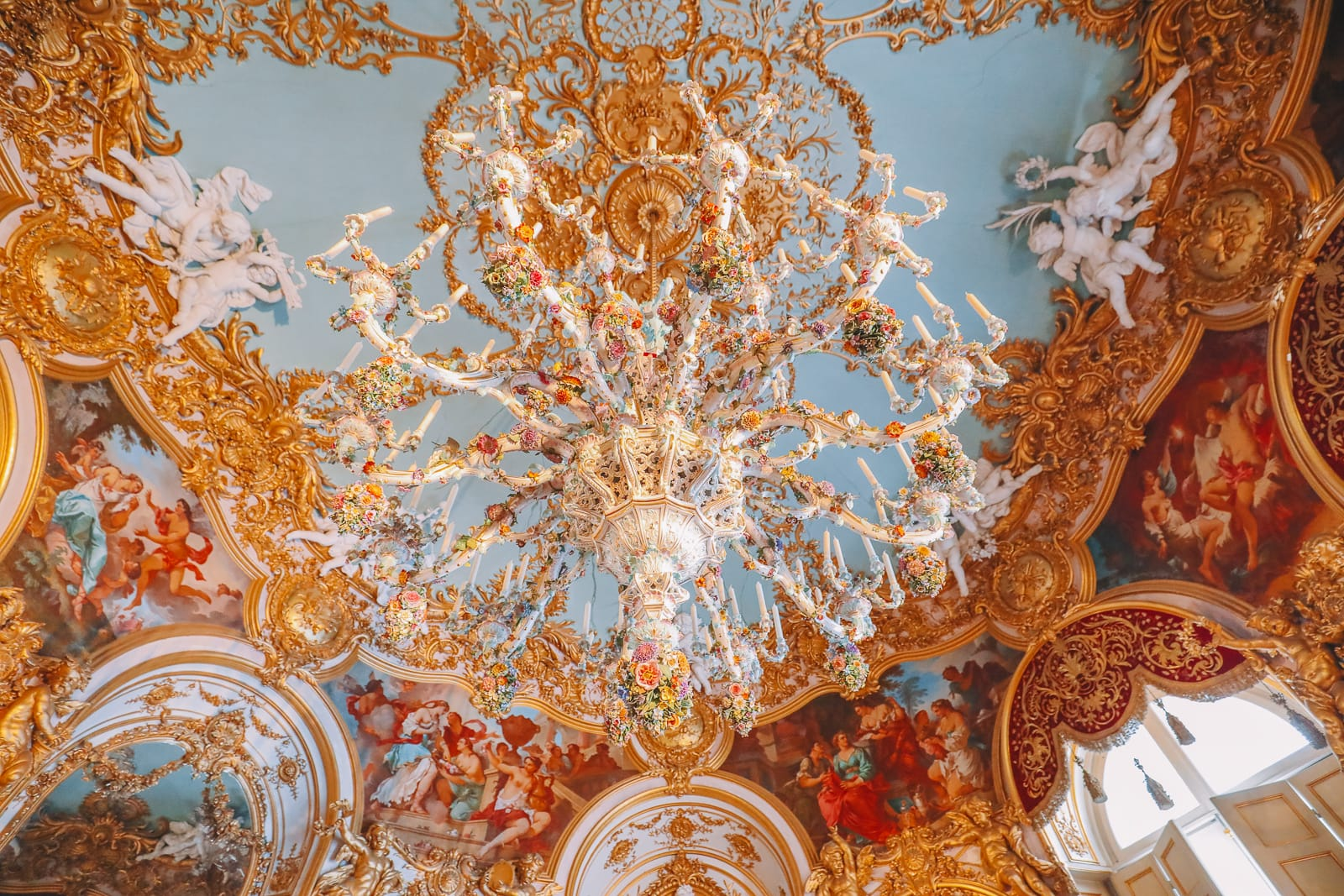 Herrenchiemsee Palace - One Of The Most Beautiful And Grandest Palaces In Germany You Have To Visit! (52)