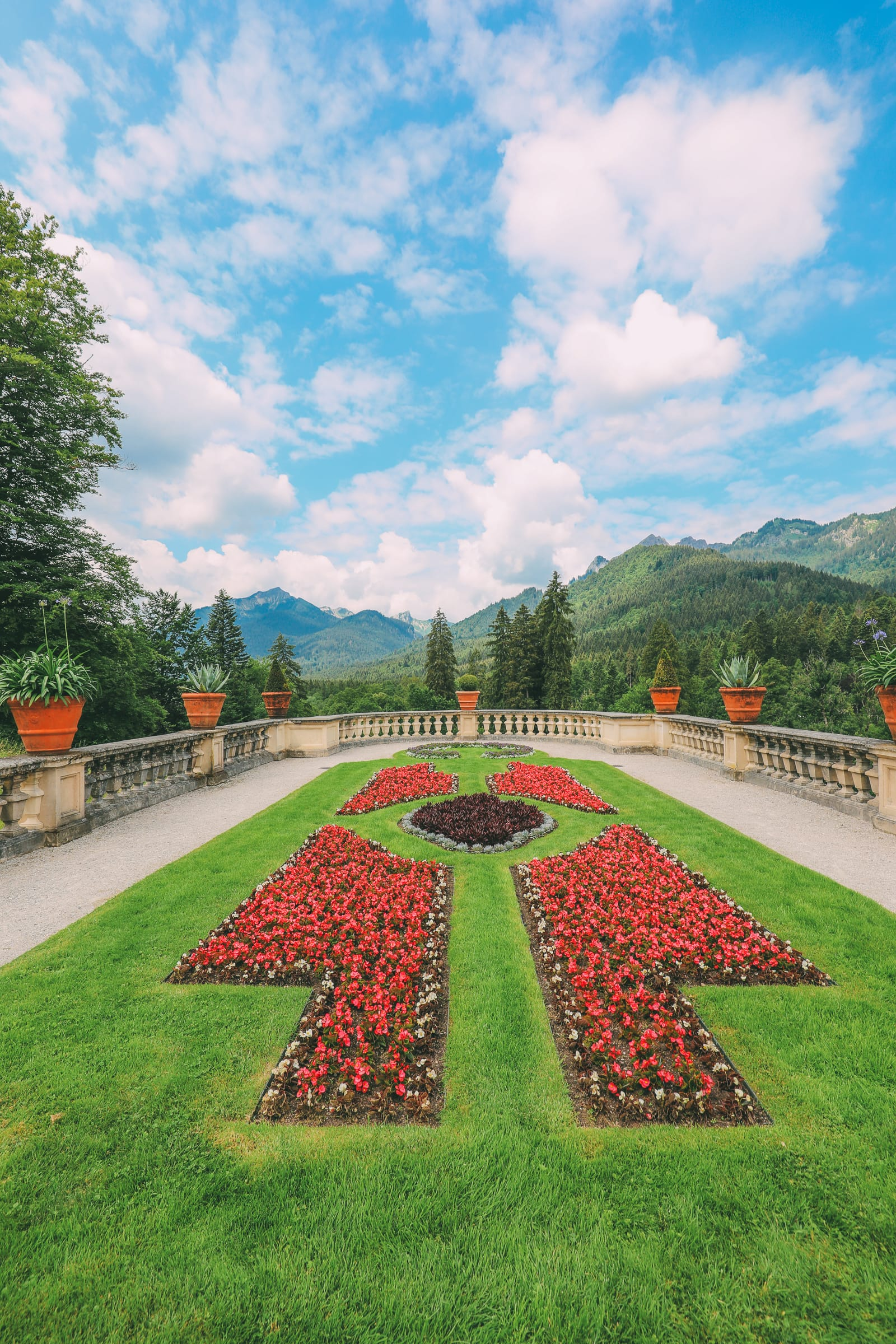 Linderhof Palace - The Small But Absolutely Gorgeous Palace In Germany You Have To Visit! (14)