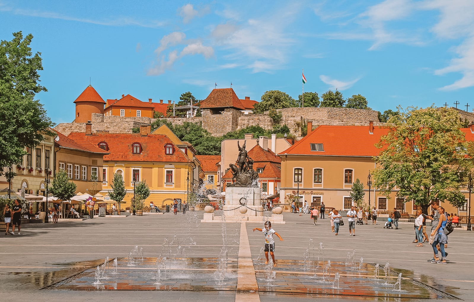 Beautiful Towns And Cities In Hungary To Visit (5)