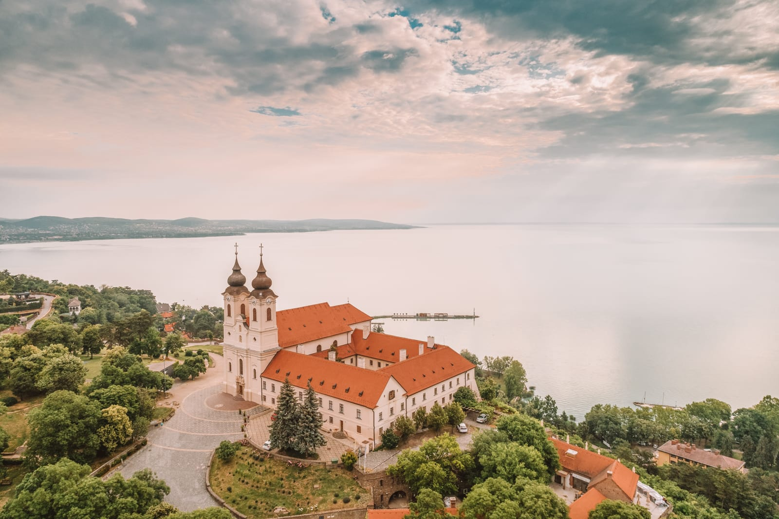 Beautiful Towns And Cities In Hungary To Visit (3)