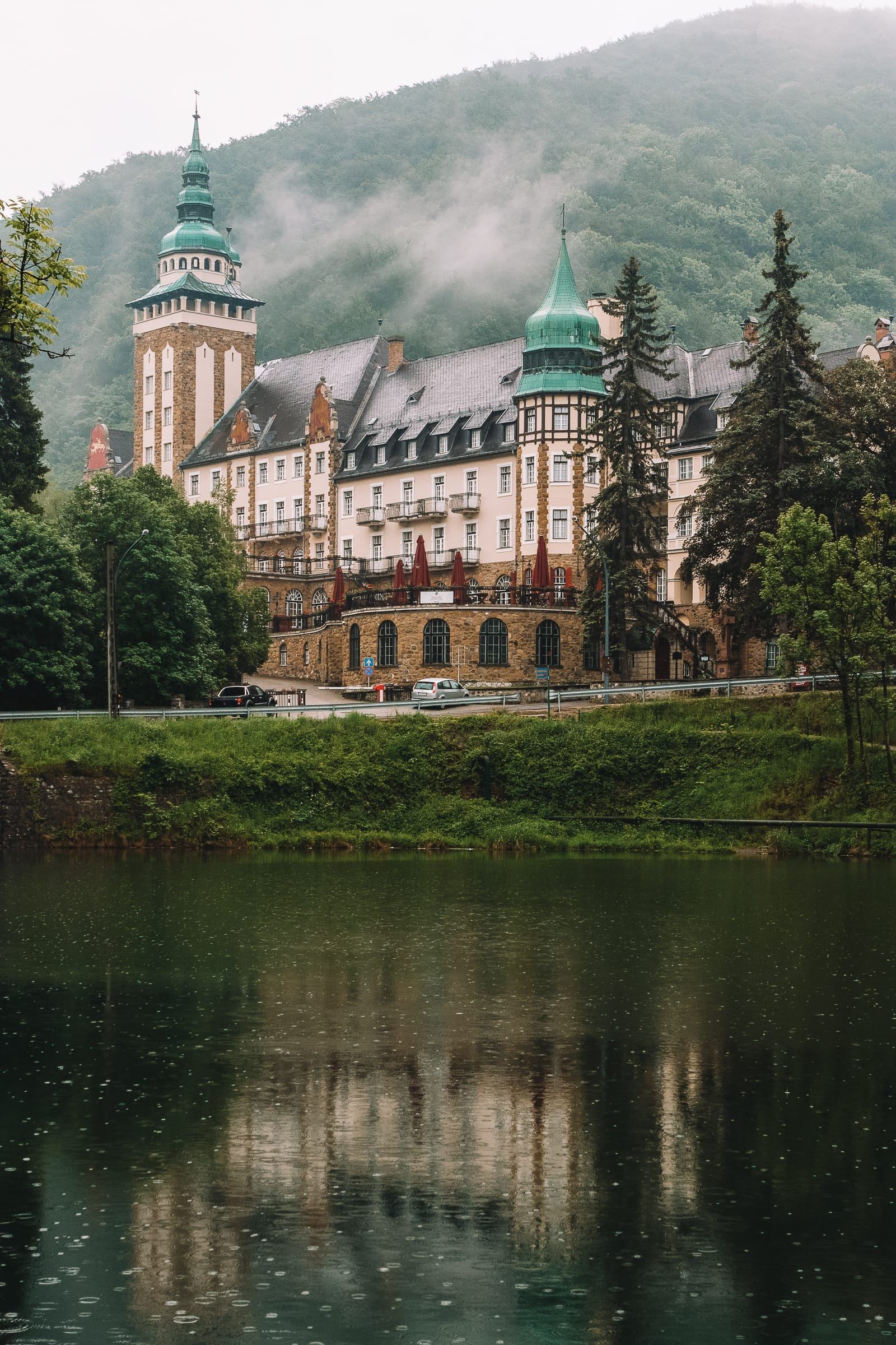 Beautiful Towns And Cities In Hungary To Visit (13)