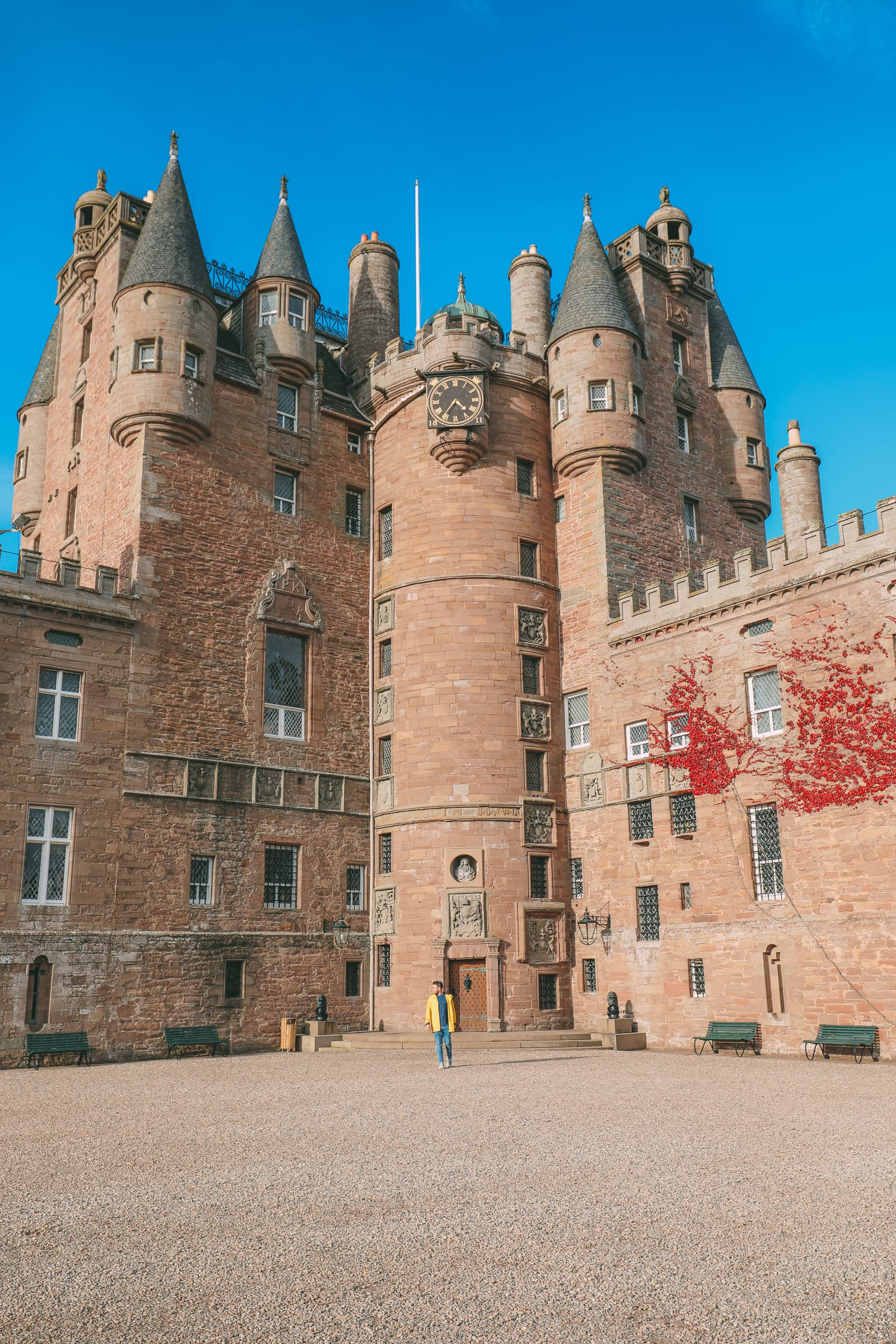 Discovering Two Scottish Gems - The V&A Dundee And The Magnificent Glamis Castle (32)