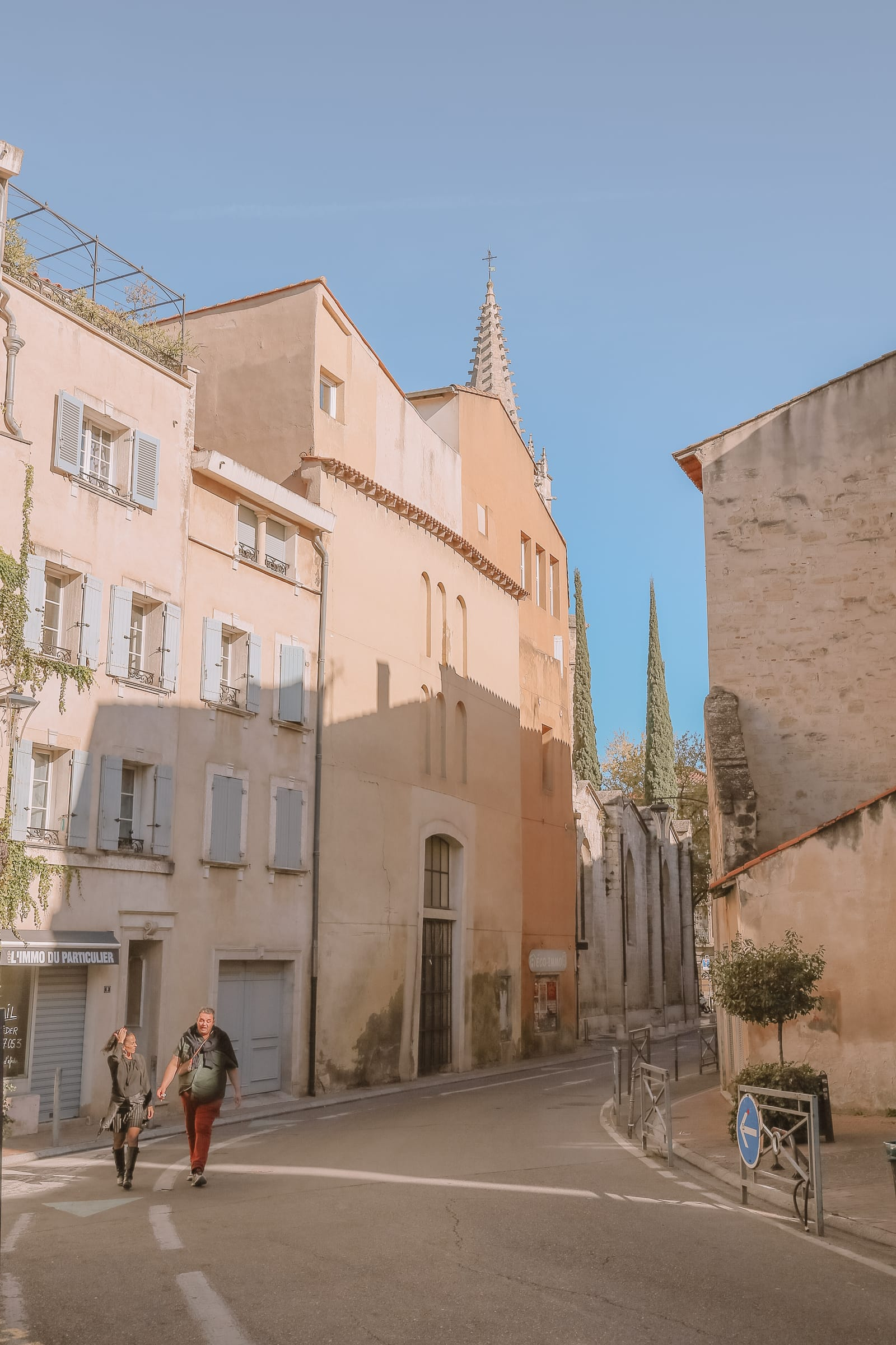 24 Hours Visiting Avignon, Provence