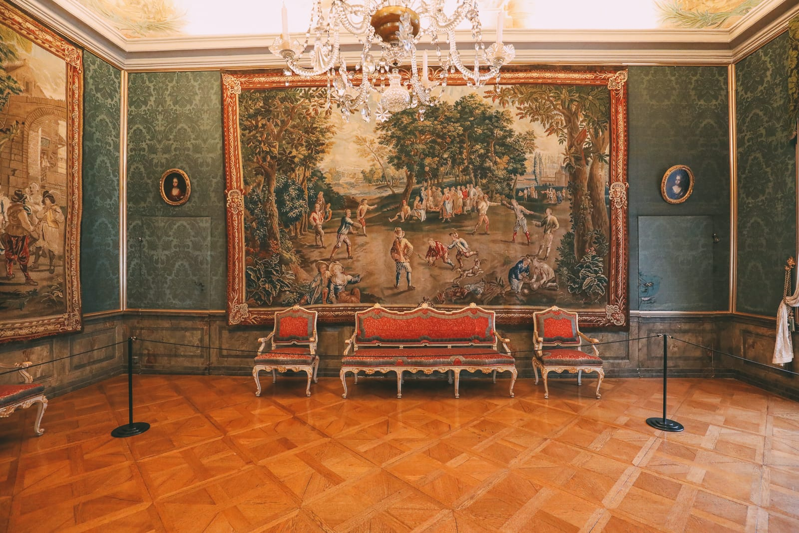 The Beautiful Baroque Ludwigsburg Palace... In Stuttgart, Germany (48)