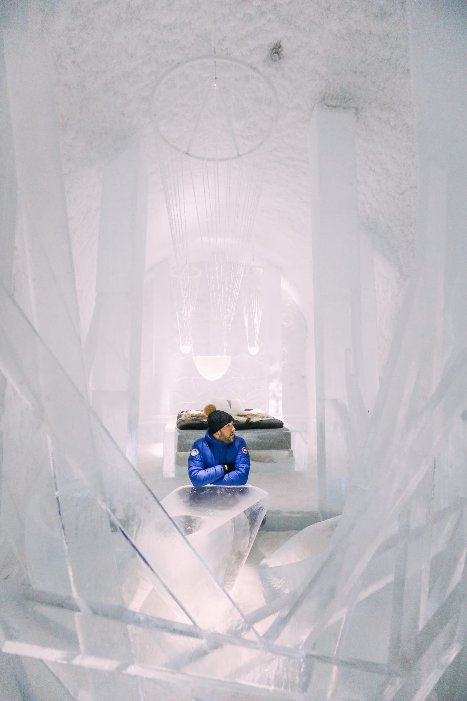 Here's What The ICEHOTEL Looks Like Inside (17)