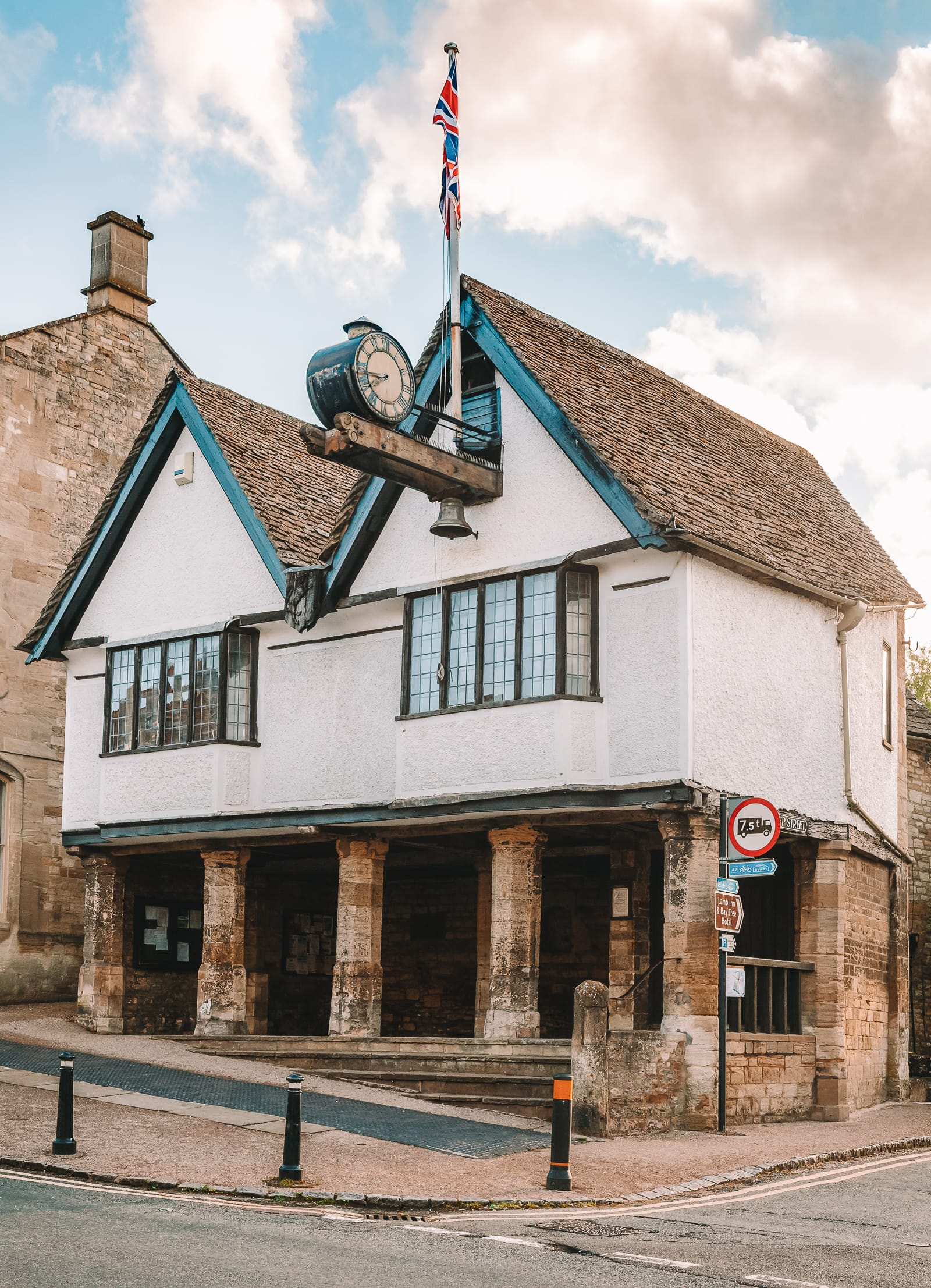14 Best Places In The Cotswolds You Should Visit (9)