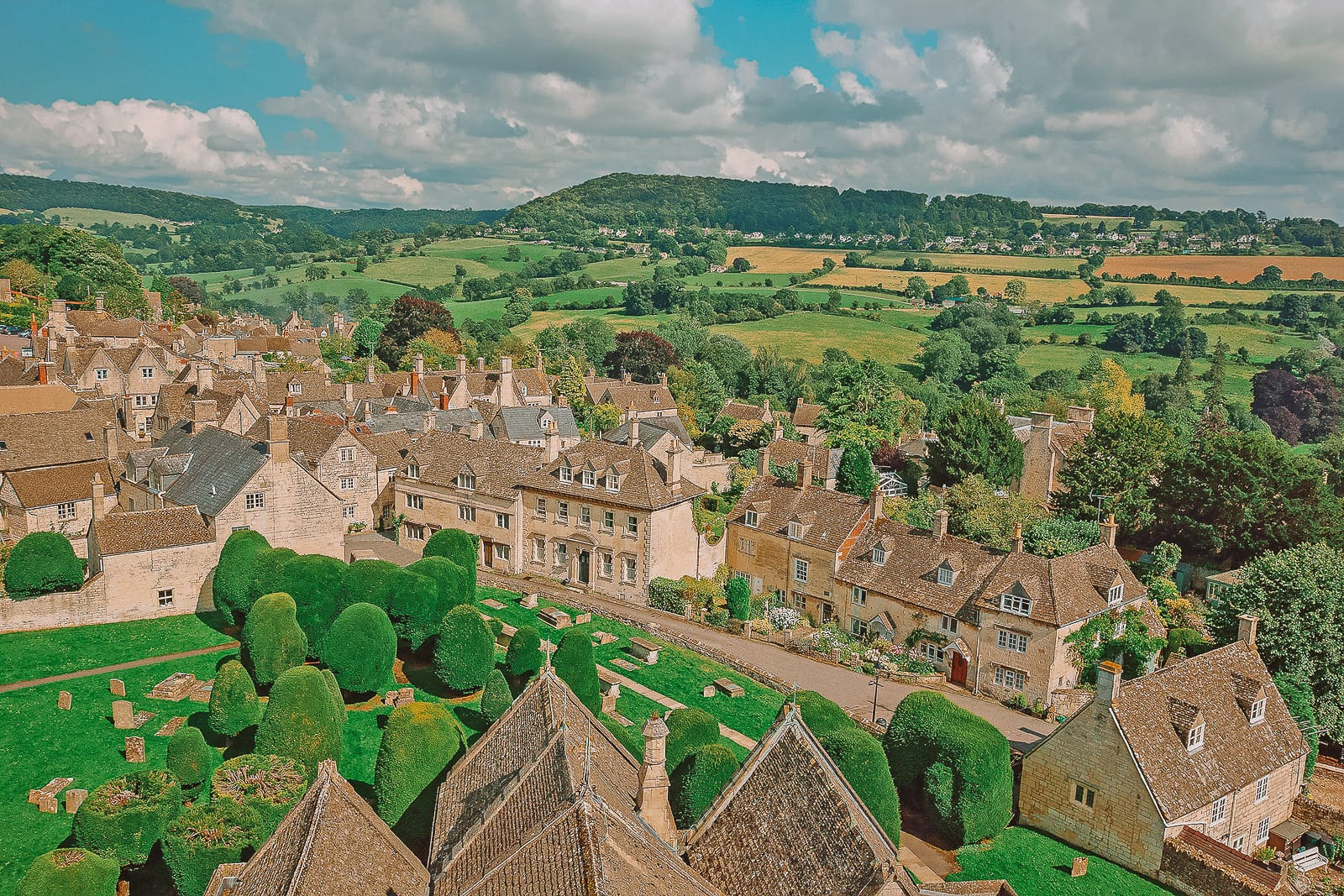 14 Best Places In The Cotswolds You Should Visit (17)