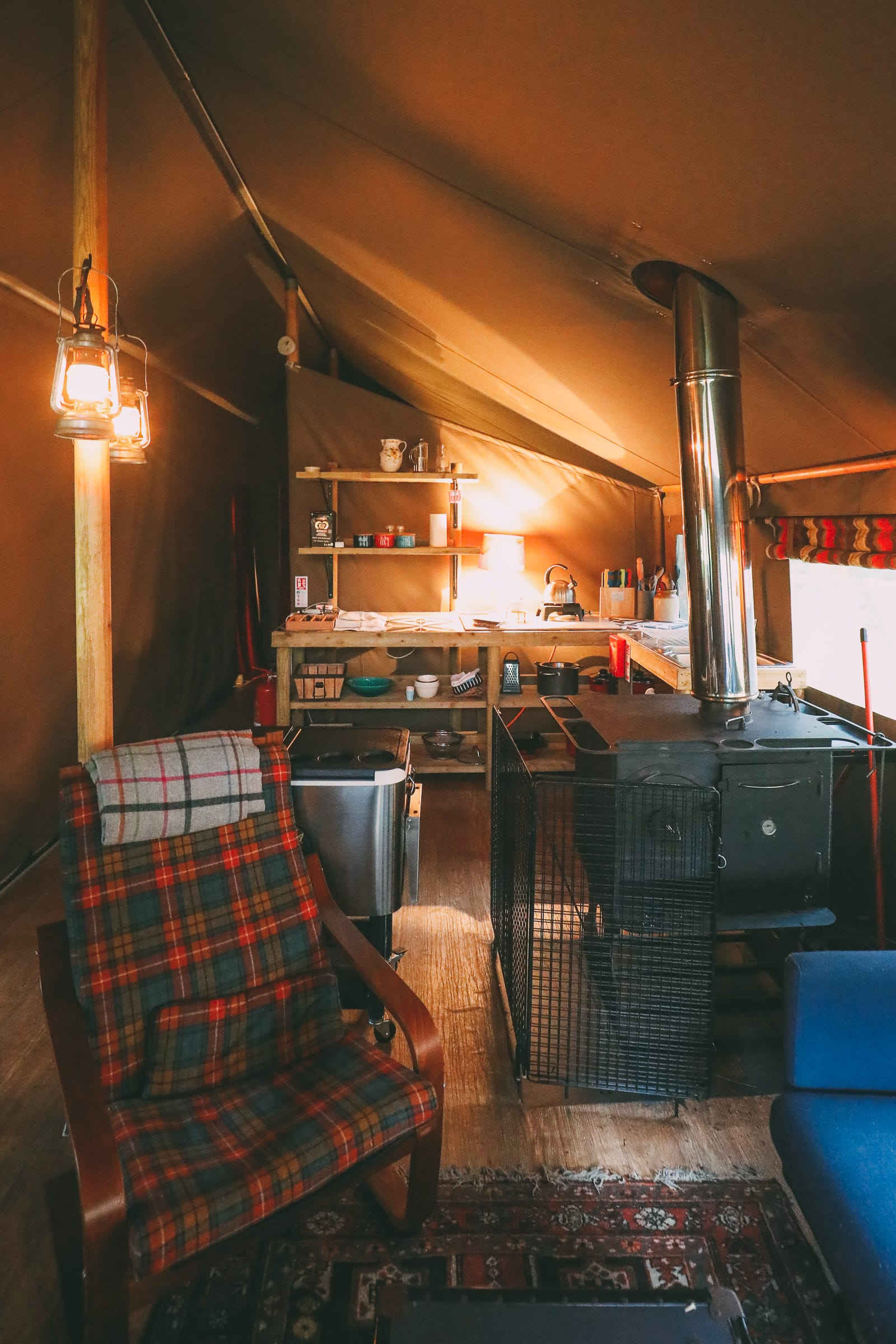Finding Robin Hood's Bow And Safari Lodging In The Peak District, England (42)