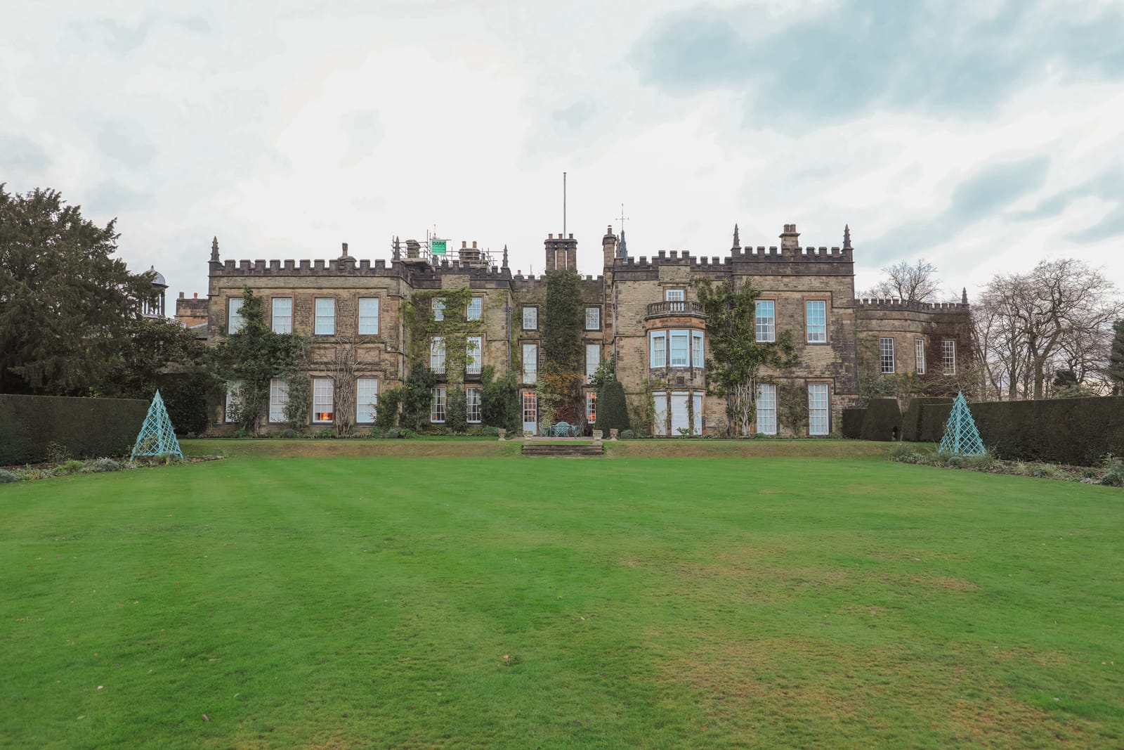 Finding Robin Hood's Bow And Safari Lodging In The Peak District, England (5)