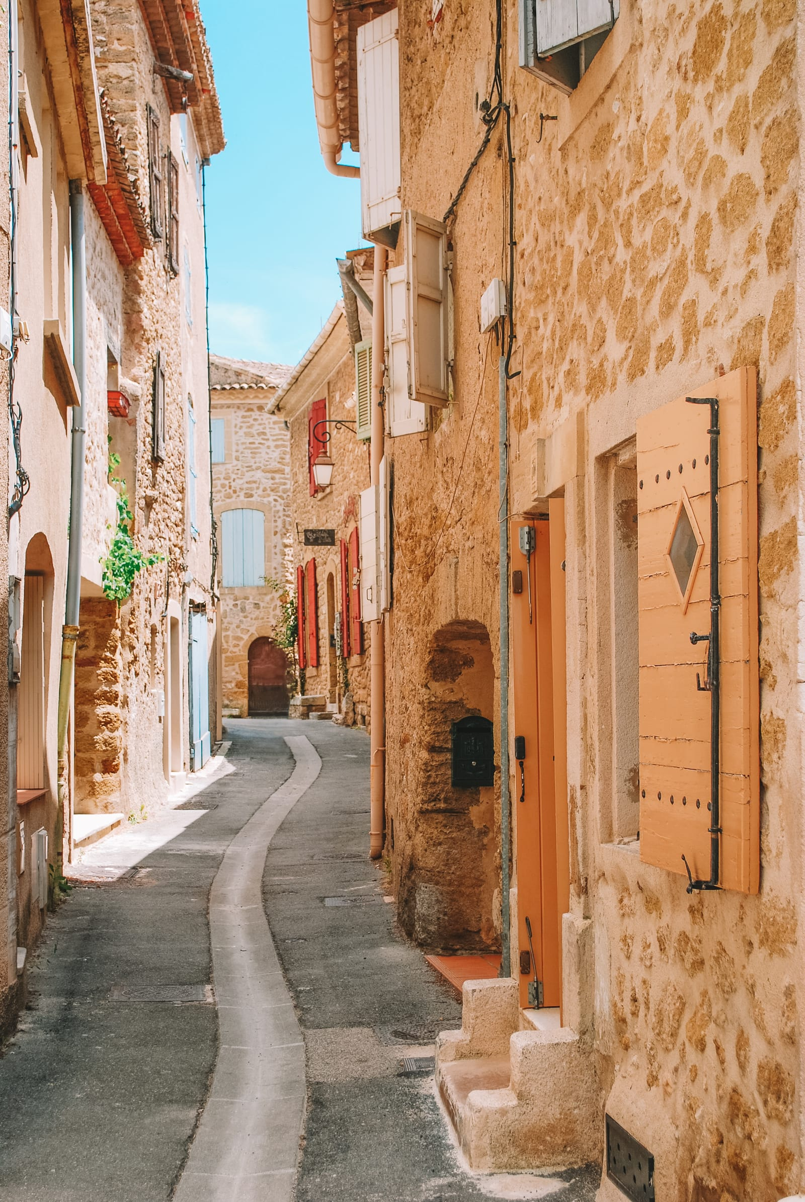 15 Best Places In France To Visit In Summer (6)