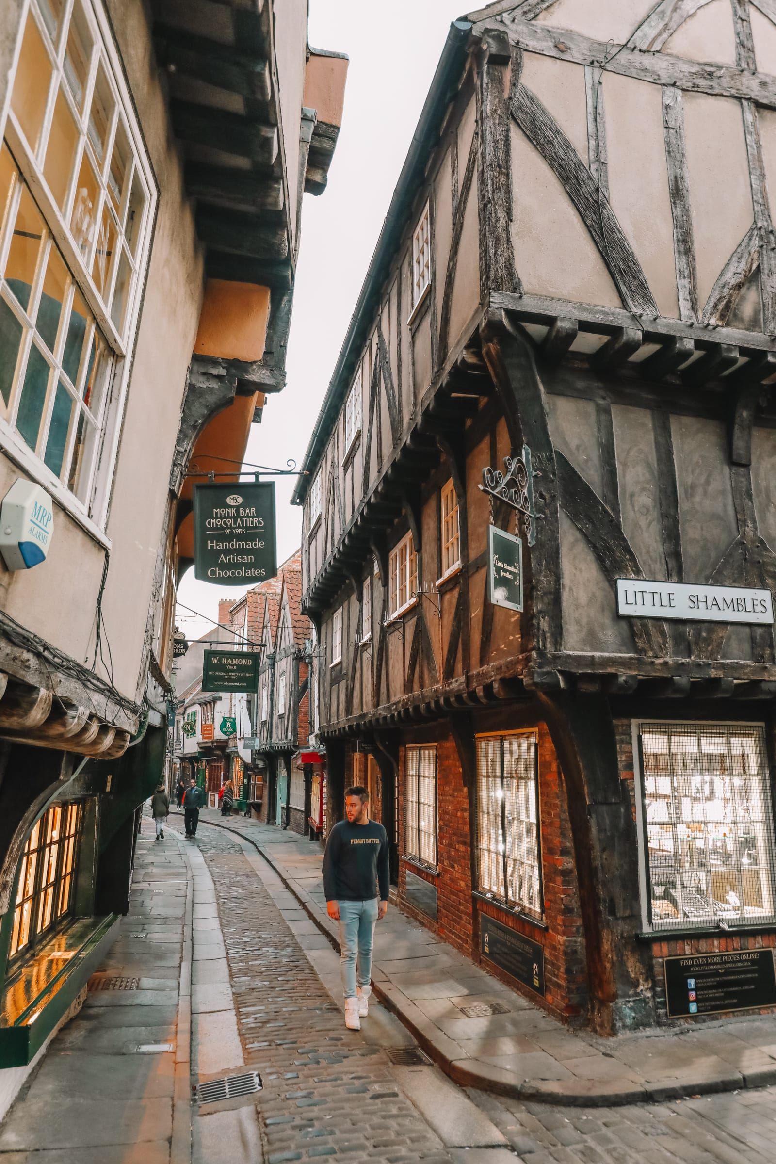 Exploring The Beautiful Ancient City Of York, England (46)