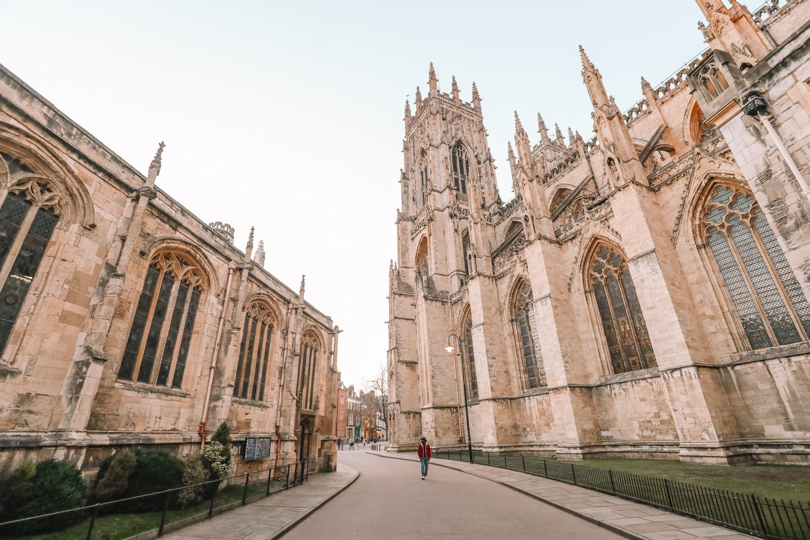 Exploring The Beautiful Ancient City Of York, England (51)
