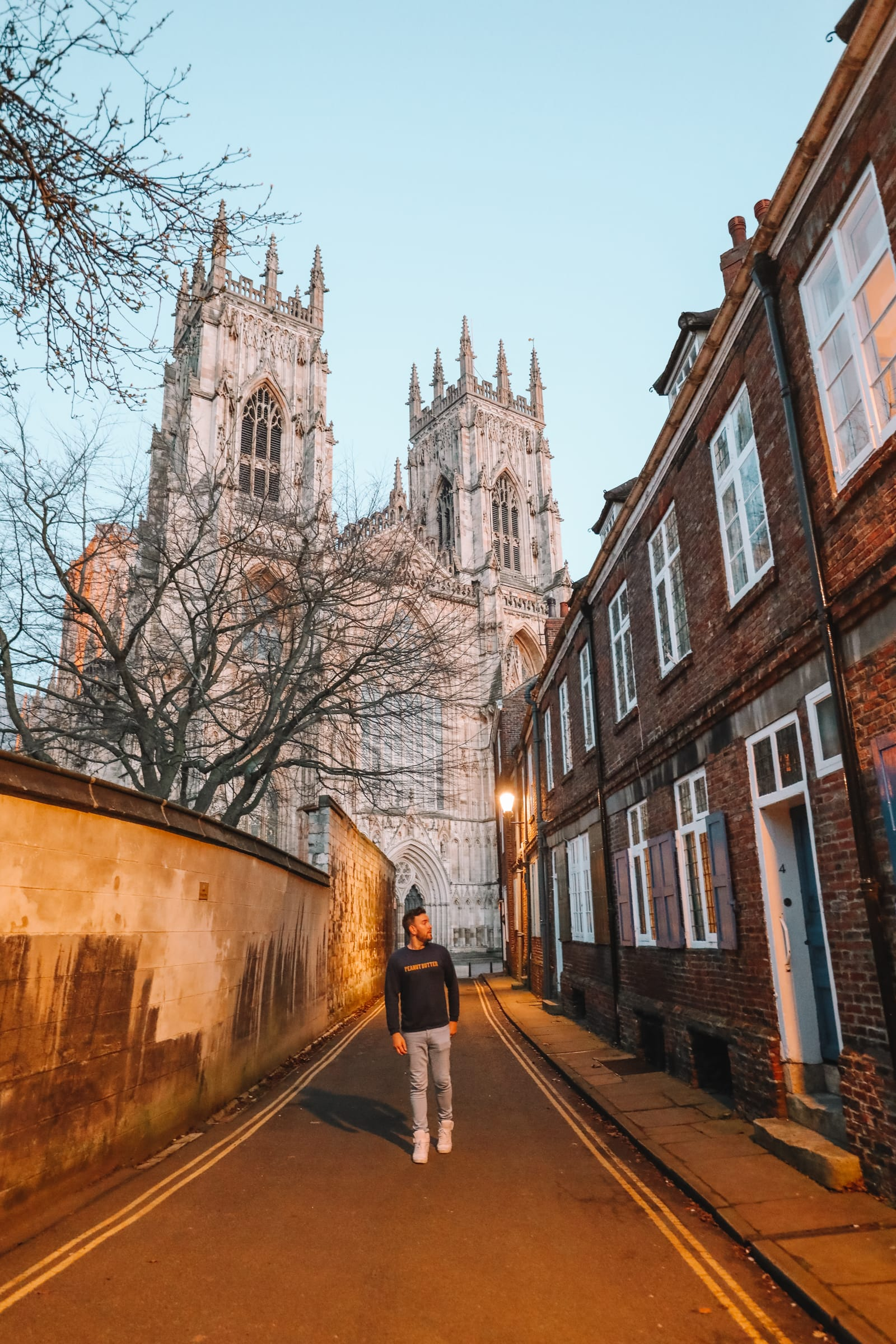 Exploring The Beautiful Ancient City Of York, England (53)