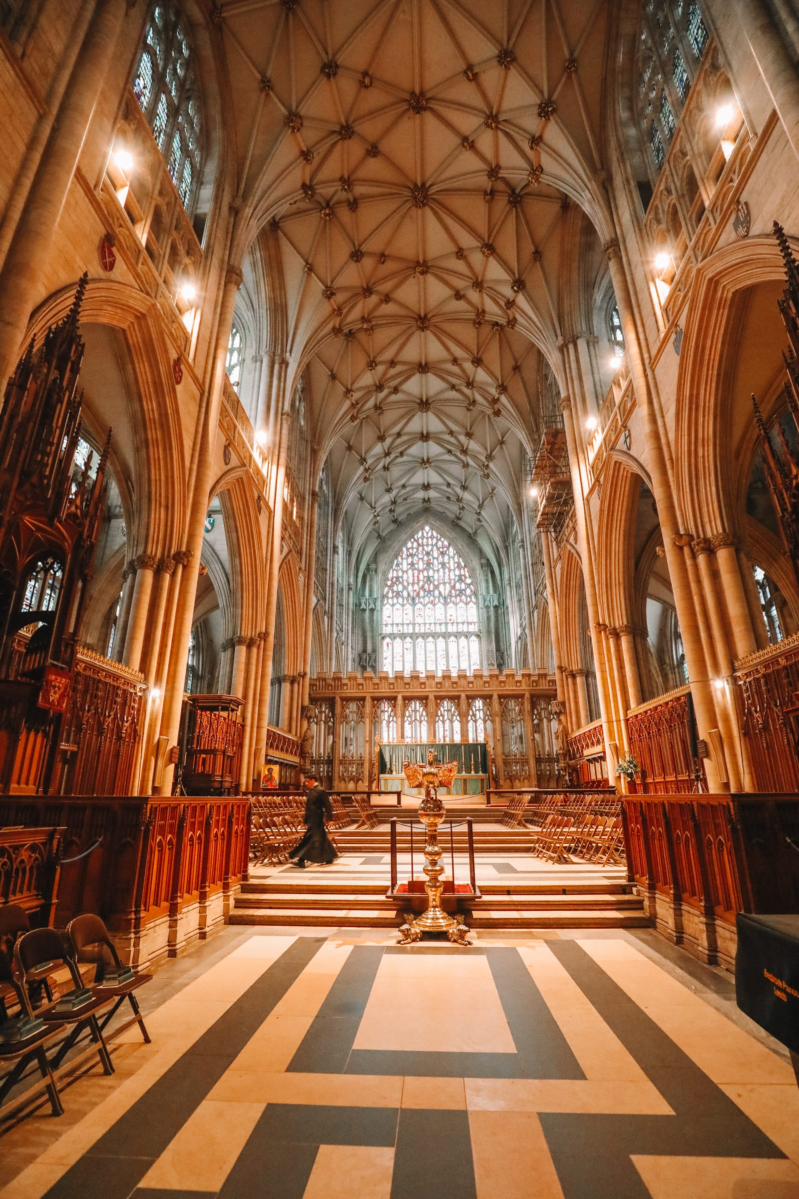 Finding The Very Best View In York At York Minster (14)