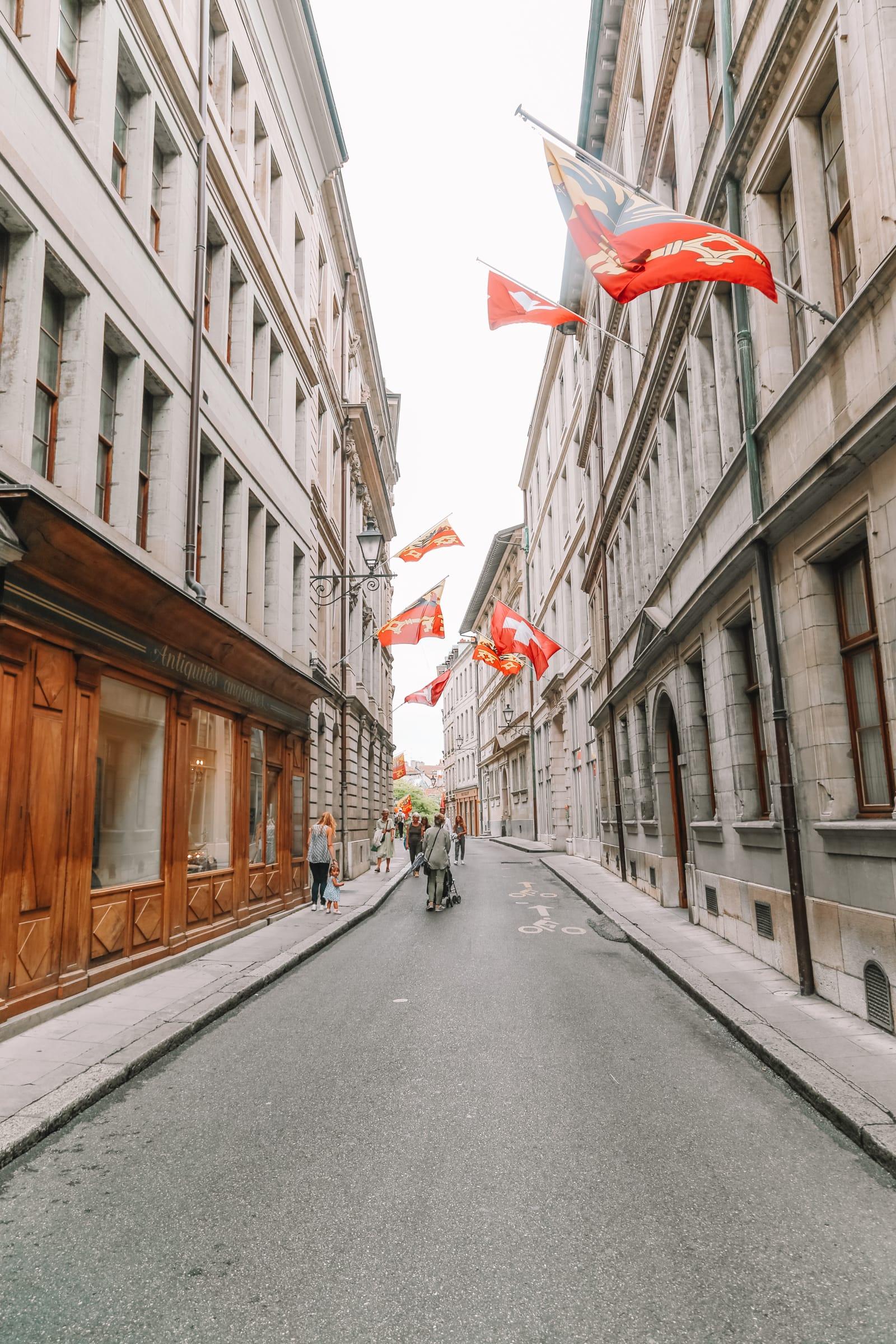 The Beautiful Old Town Of Geneva, Switzerland (1)