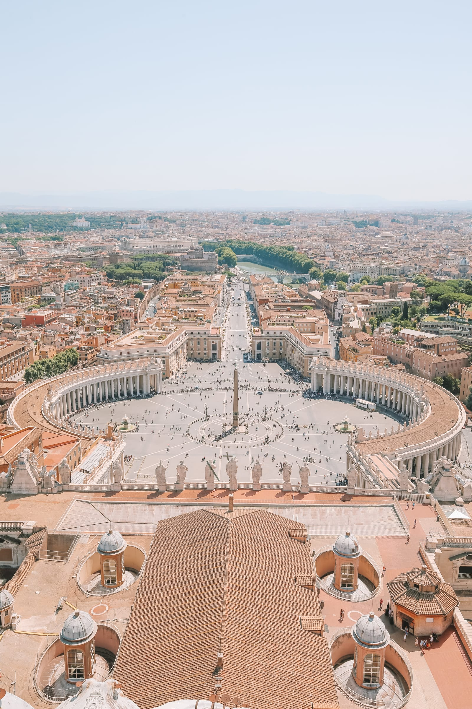 The Magnificent St Peter's Basilica In The Vatican City, Rome (18)