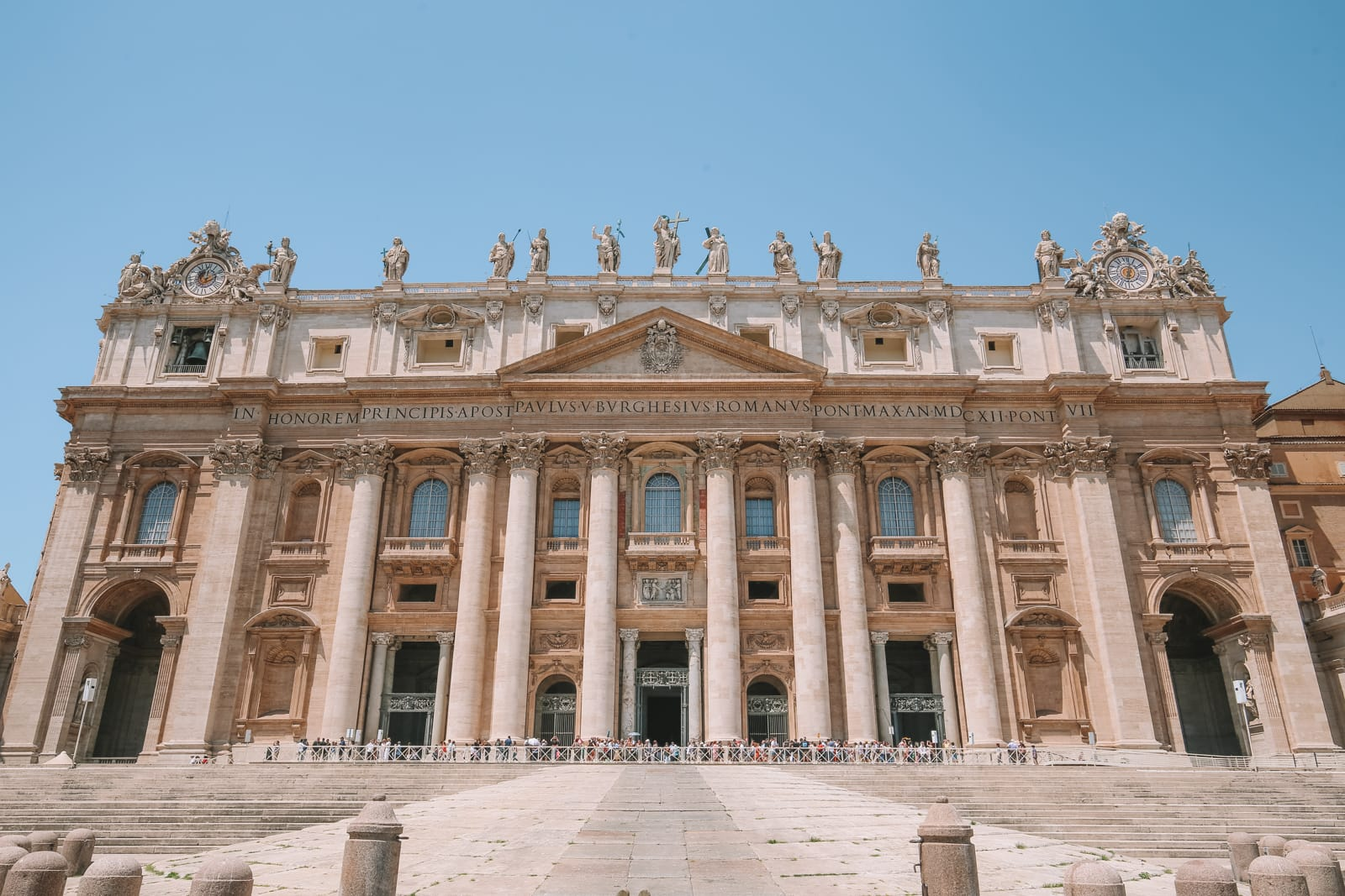 The Magnificent St Peter's Basilica In The Vatican City, Rome (35)