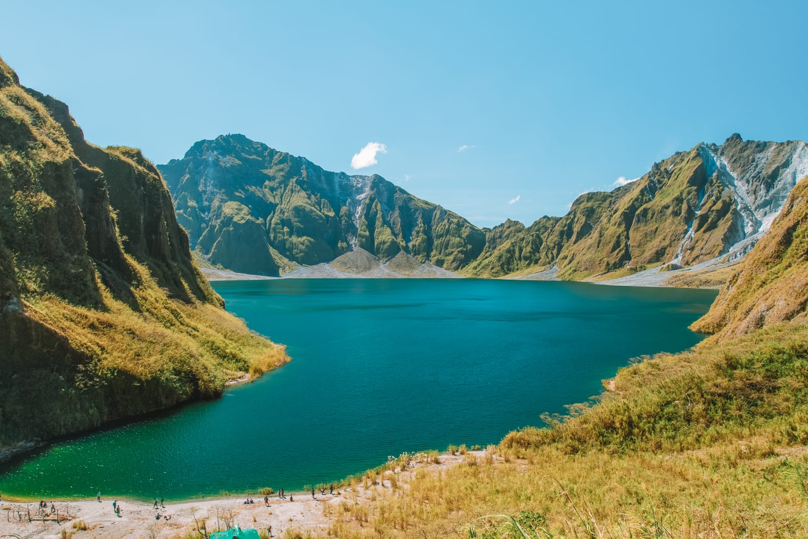 The 12 Best Hikes In The Philippines You Have To Experience (11)