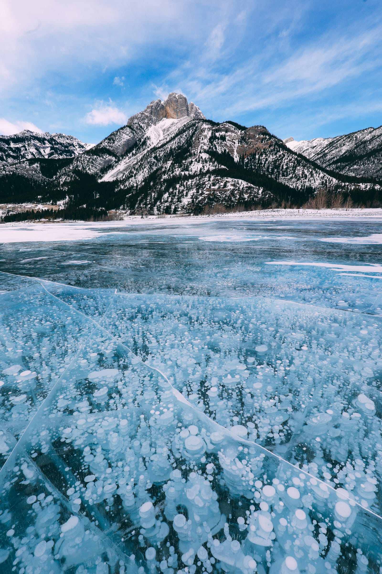 Driving Canada's Epic Icefields Parkway And Finding The Frozen Bubbles Of Abraham Lake (38)