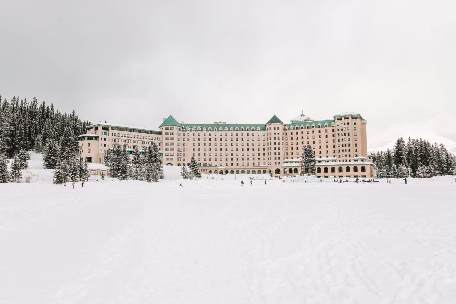 The Magnificent Fairmont Chateau Lake Louise (19)