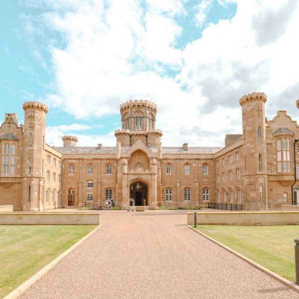 How To Have An Incredible Stay In Studley Castle (6)