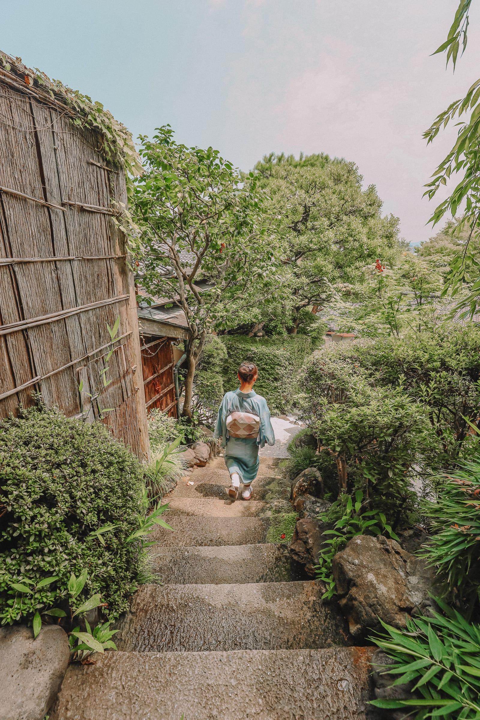Visiting The Geisha District And Kaiseki Dining In Kanazawa - Japan (21)