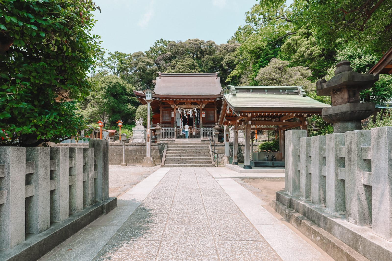 Temple Searching And Traditional Ryokans In Yokohama - Japan (25)