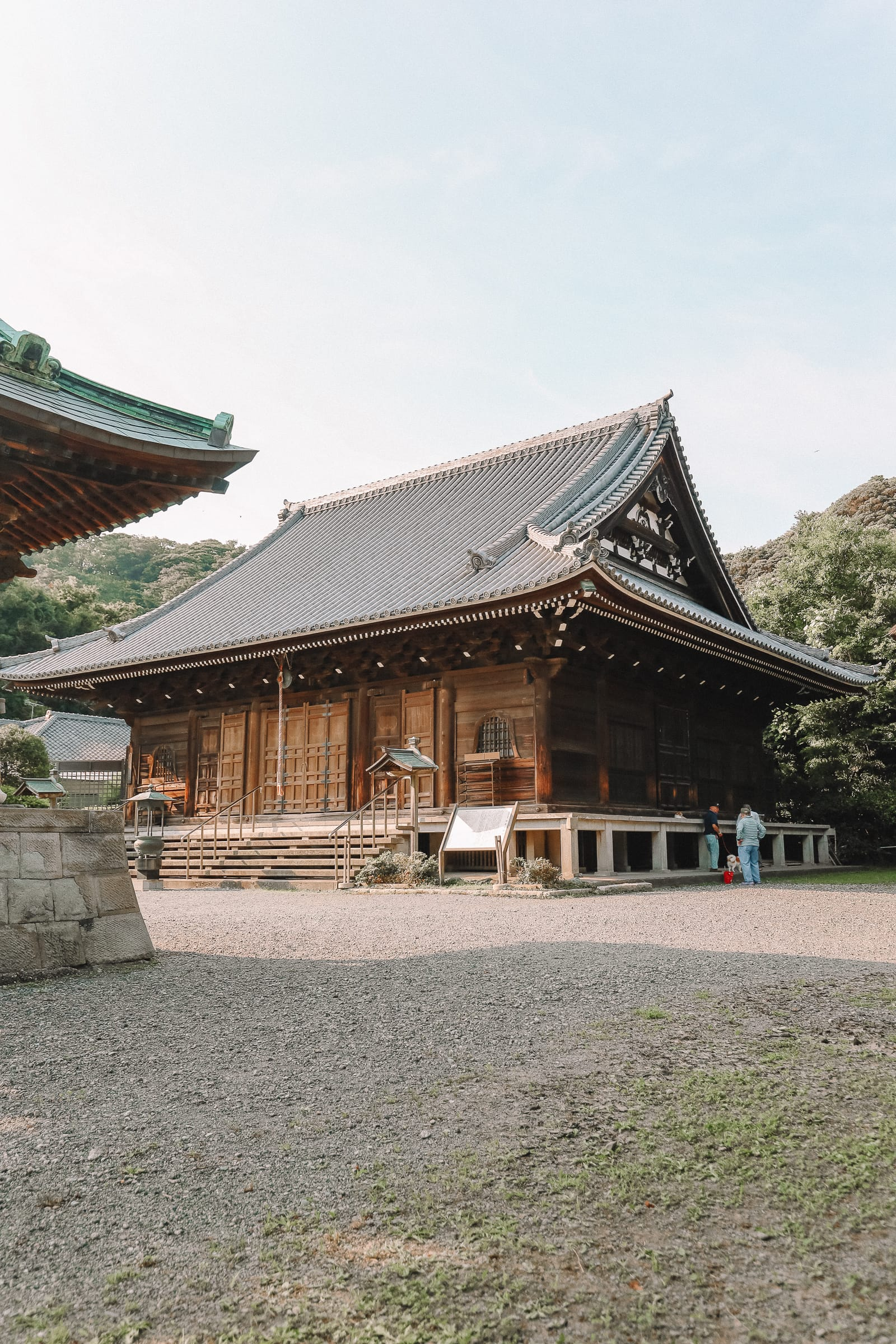 Temple Searching And Traditional Ryokans In Yokohama - Japan (8)