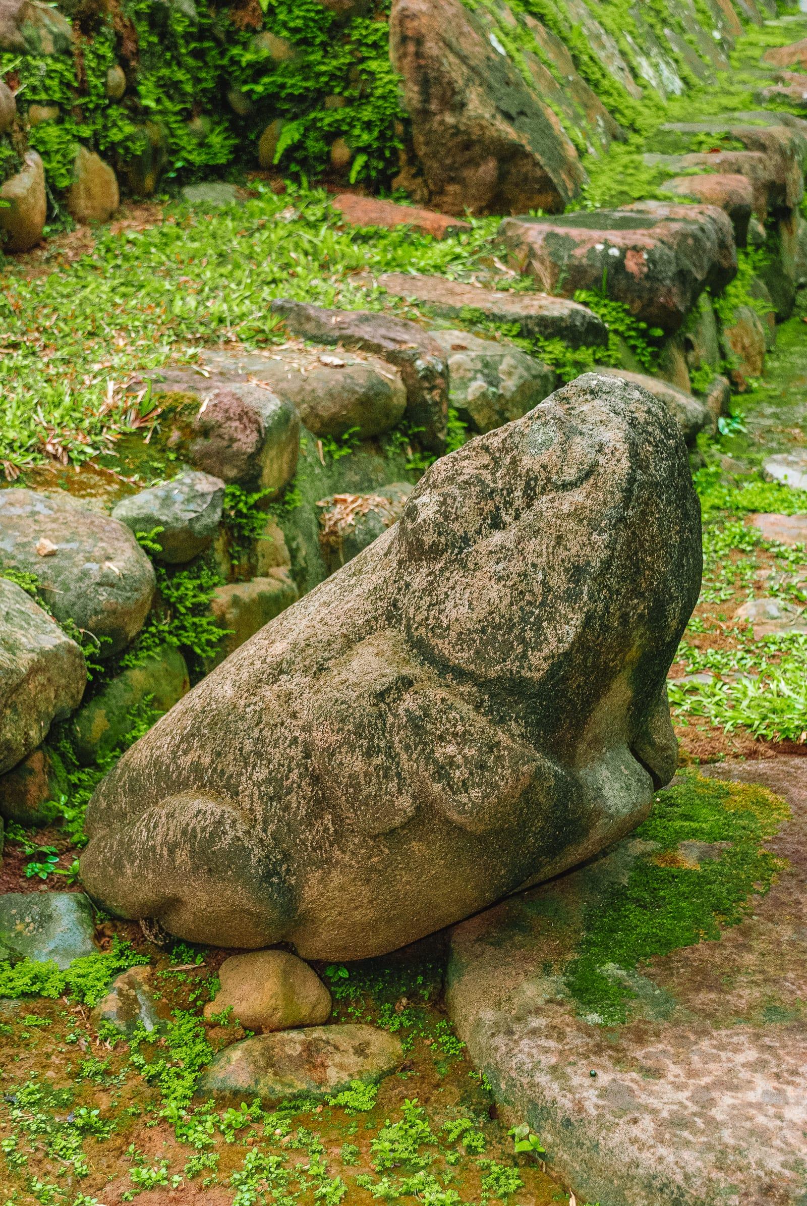 Guatemala Travel: 13 Amazing Mayan Ruins You HAVE To Visit! (11)
