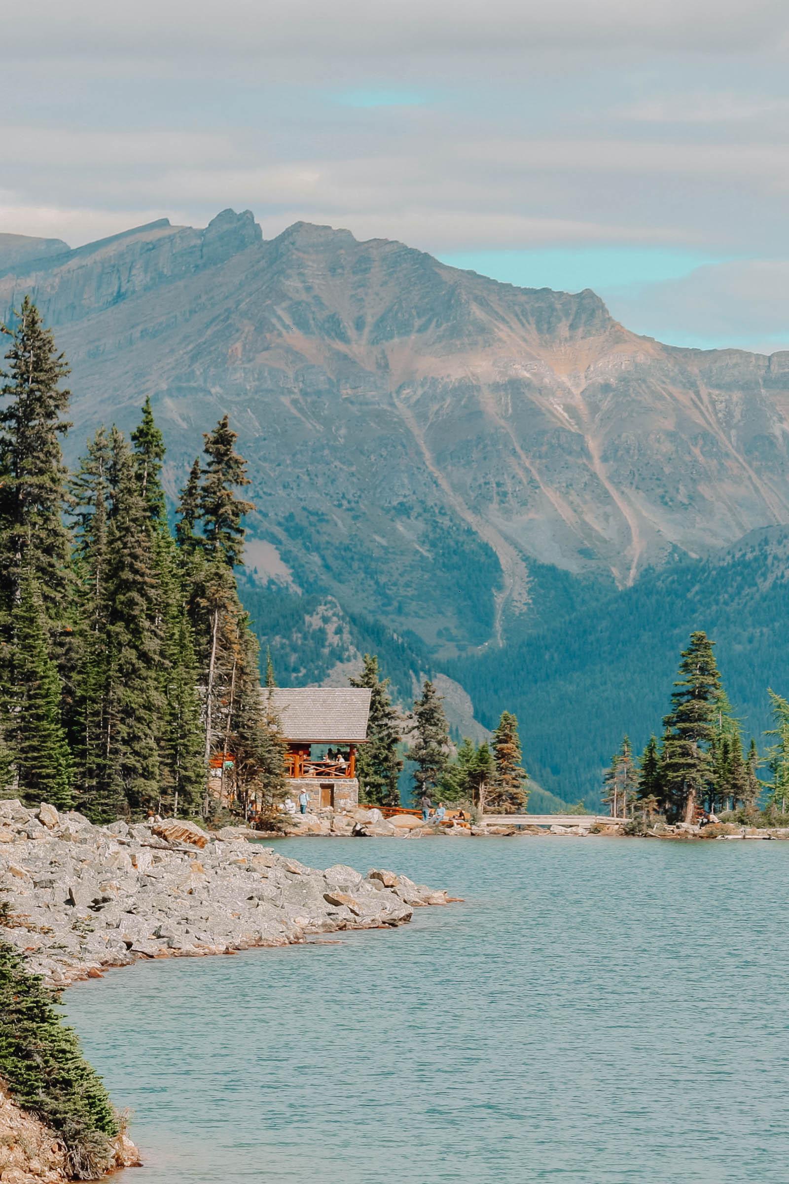 11 Best Hikes In Alberta (8)