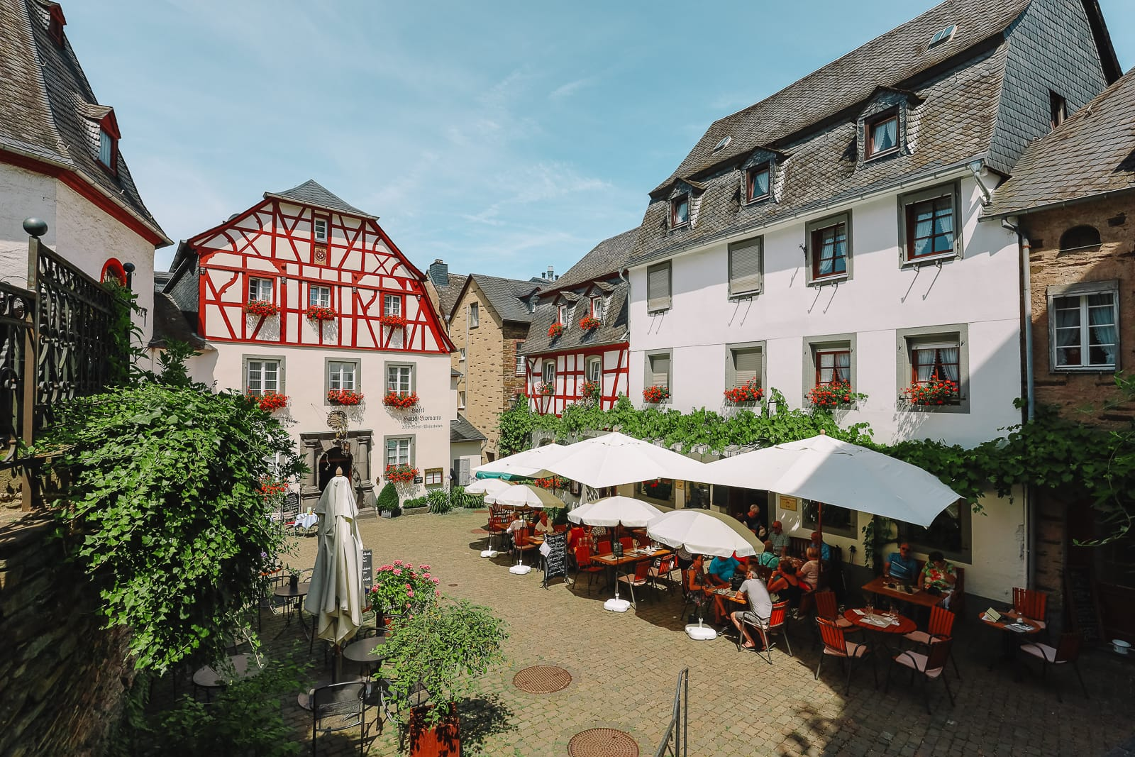 The Gorgeous Little Town Of Beilstein and The Amazing Eltz Castle In Germany (15)